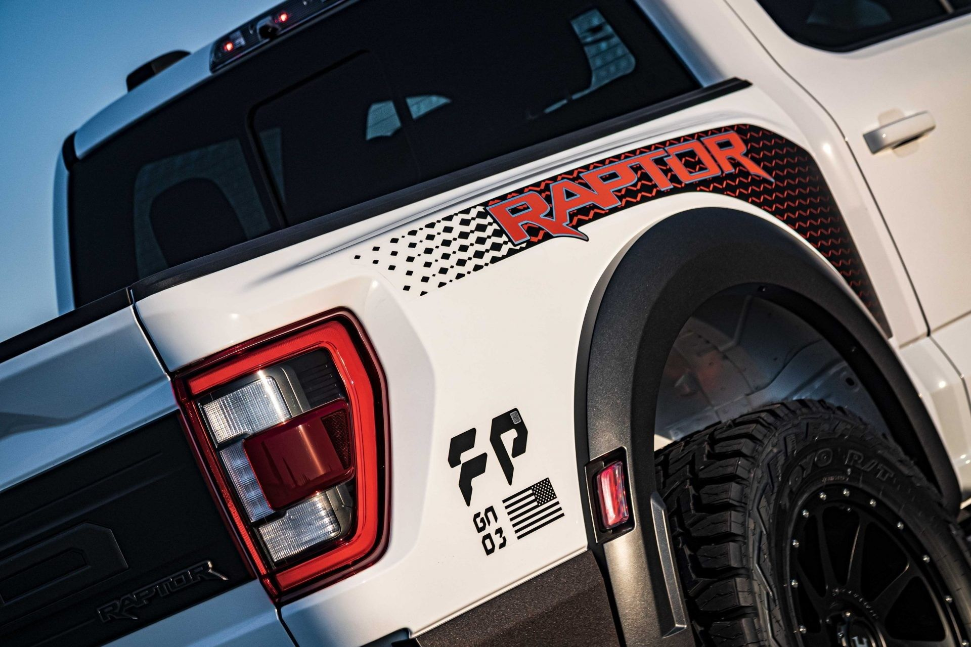 Ford-F-150-Raptor-VelociRaptor-by-Hennessey-27