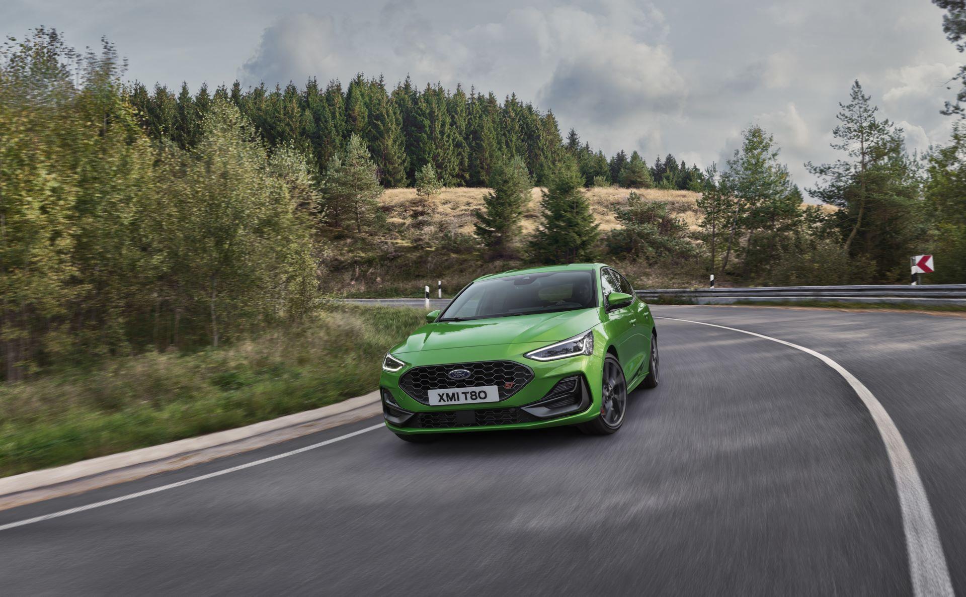 Ford-Focus-ST-facelift-2021-18