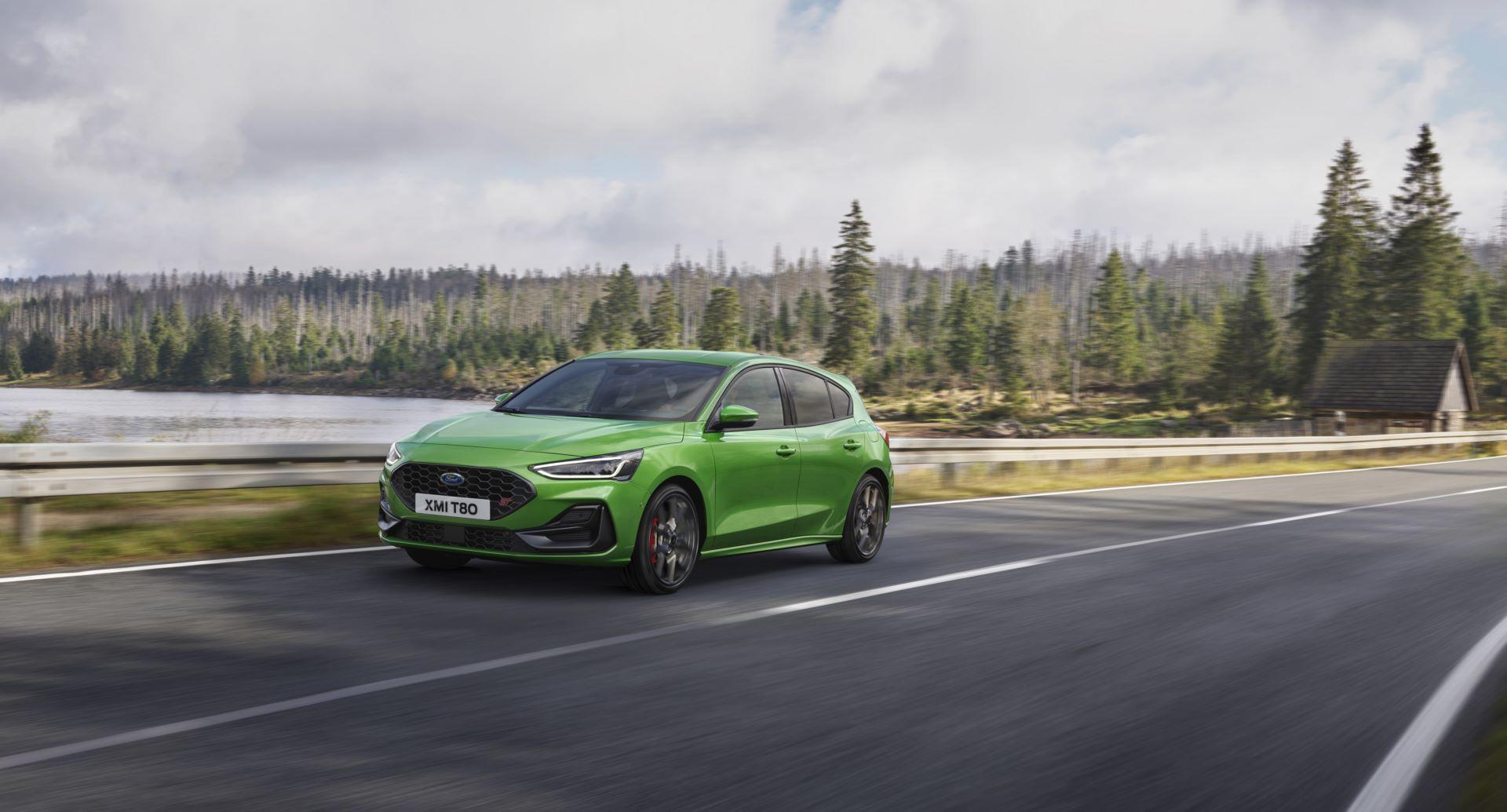 Ford-Focus-ST-facelift-2021-19