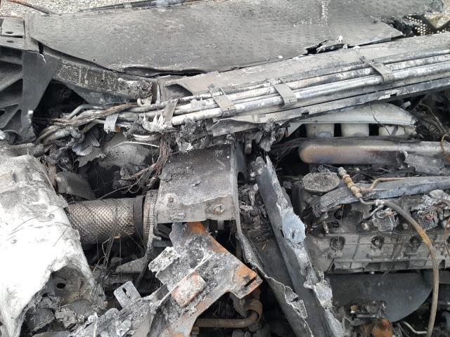 2005_Ford_GT_crashed_burned-0007