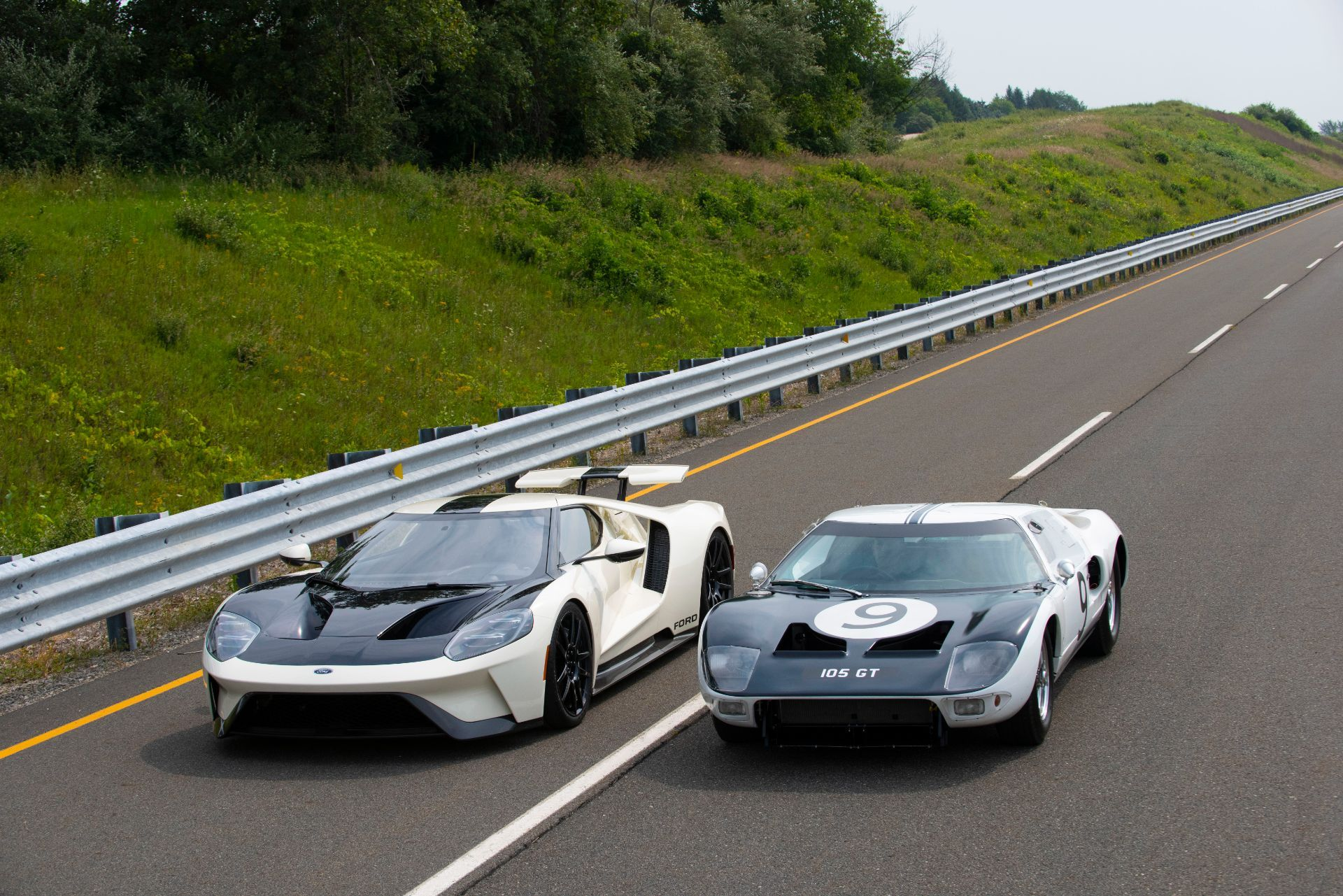 Ford-GT-Heritage-Edition-11