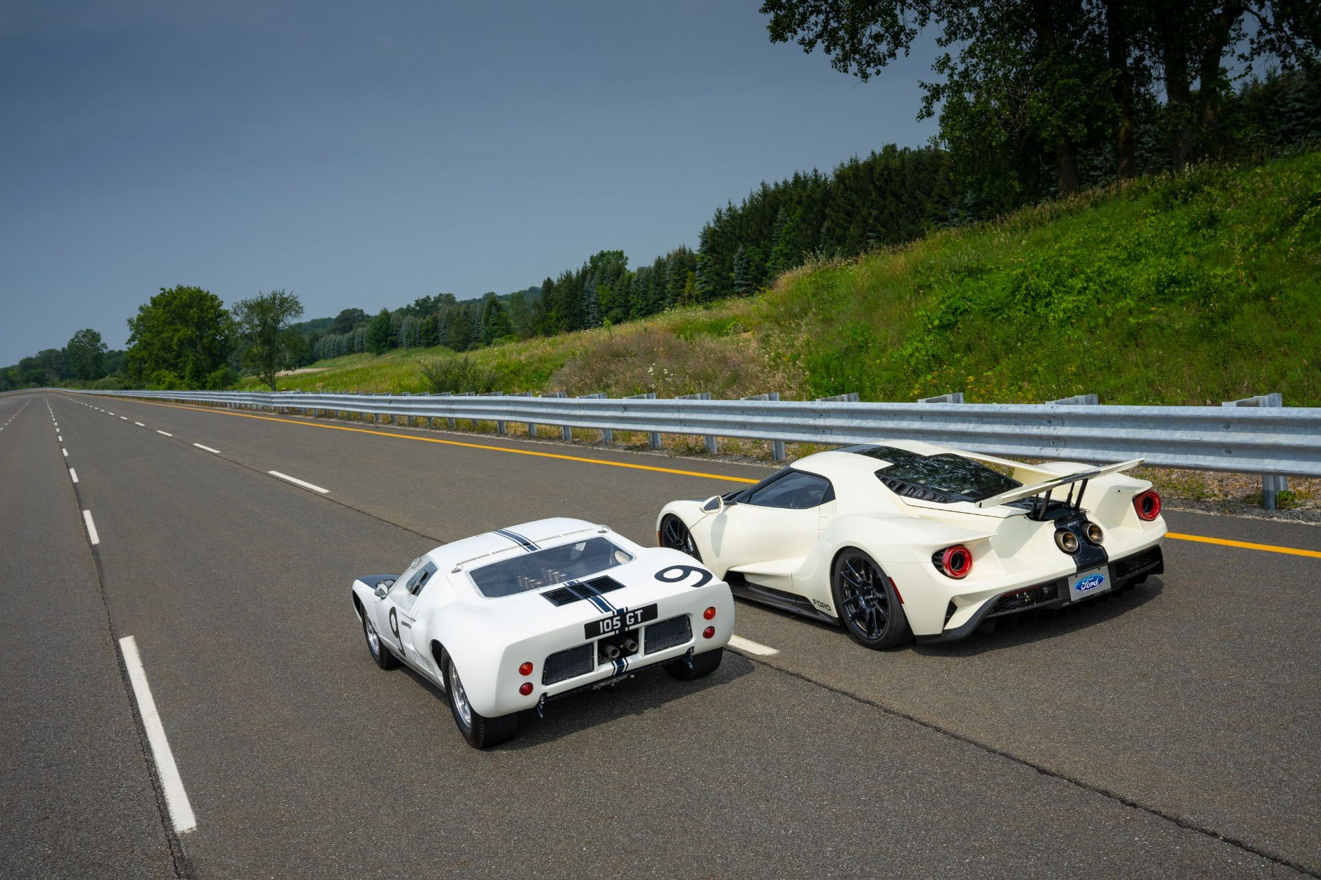 Ford-GT-Heritage-Edition-14