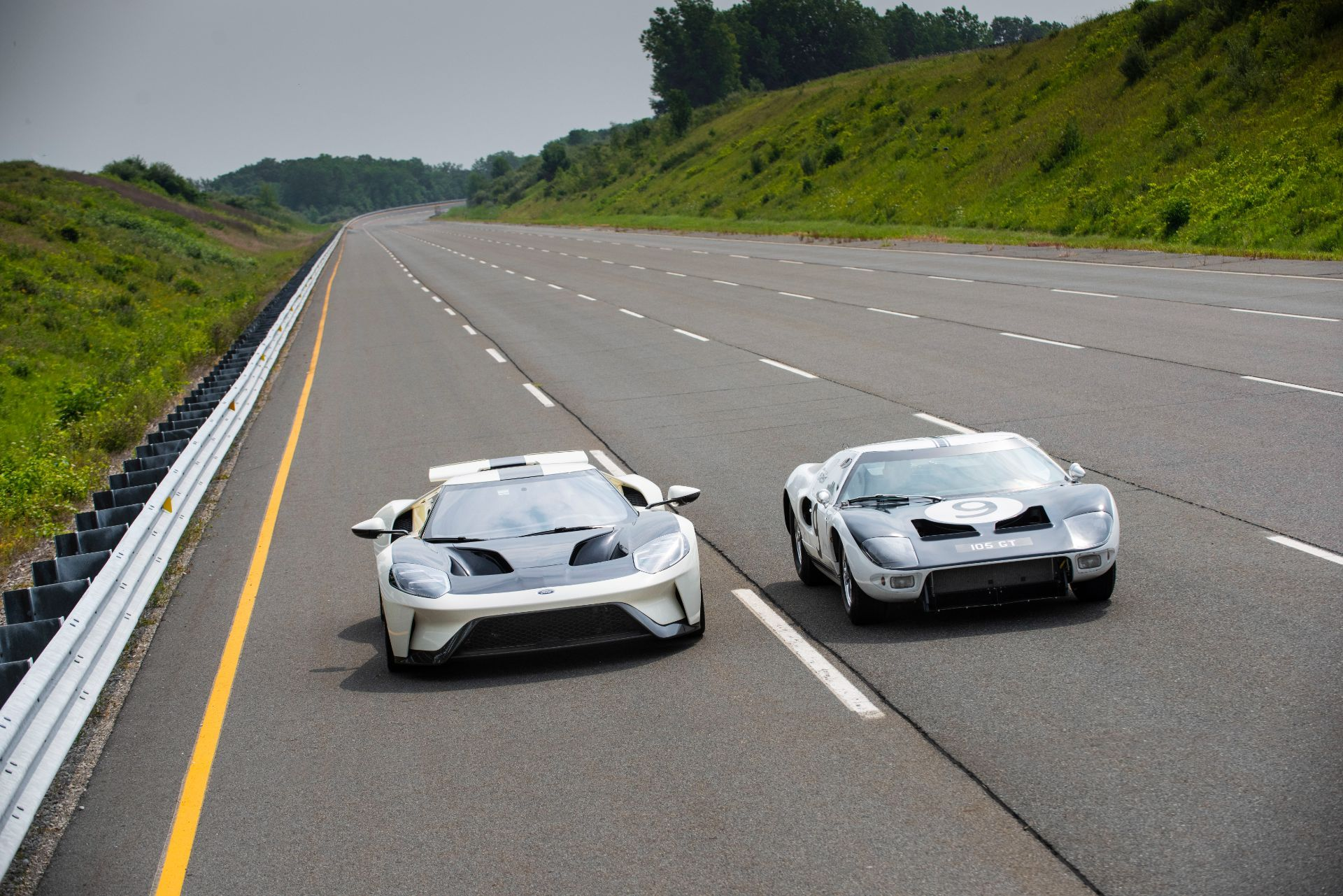 Ford-GT-Heritage-Edition-16