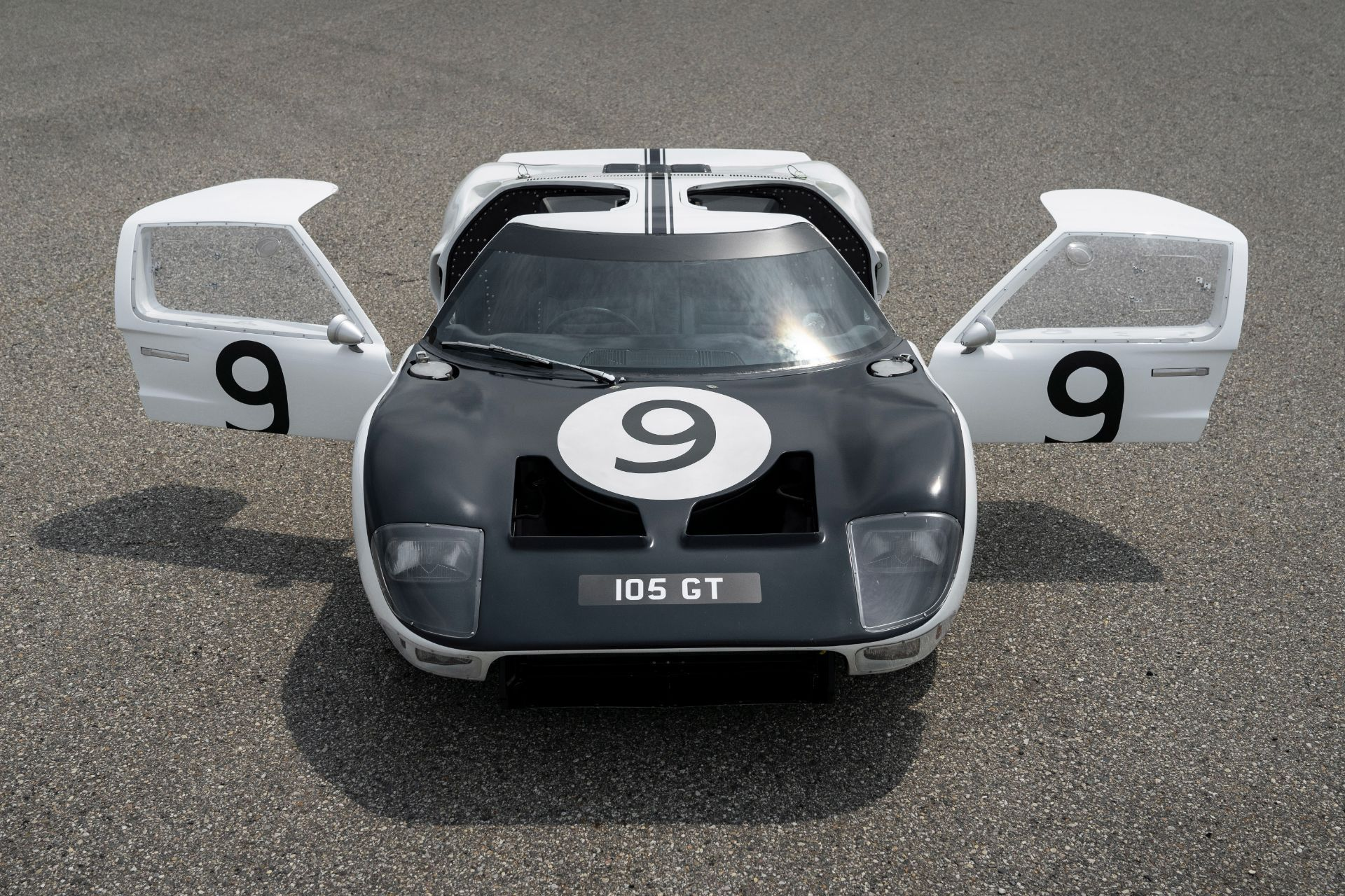Ford-GT-Heritage-Edition-19