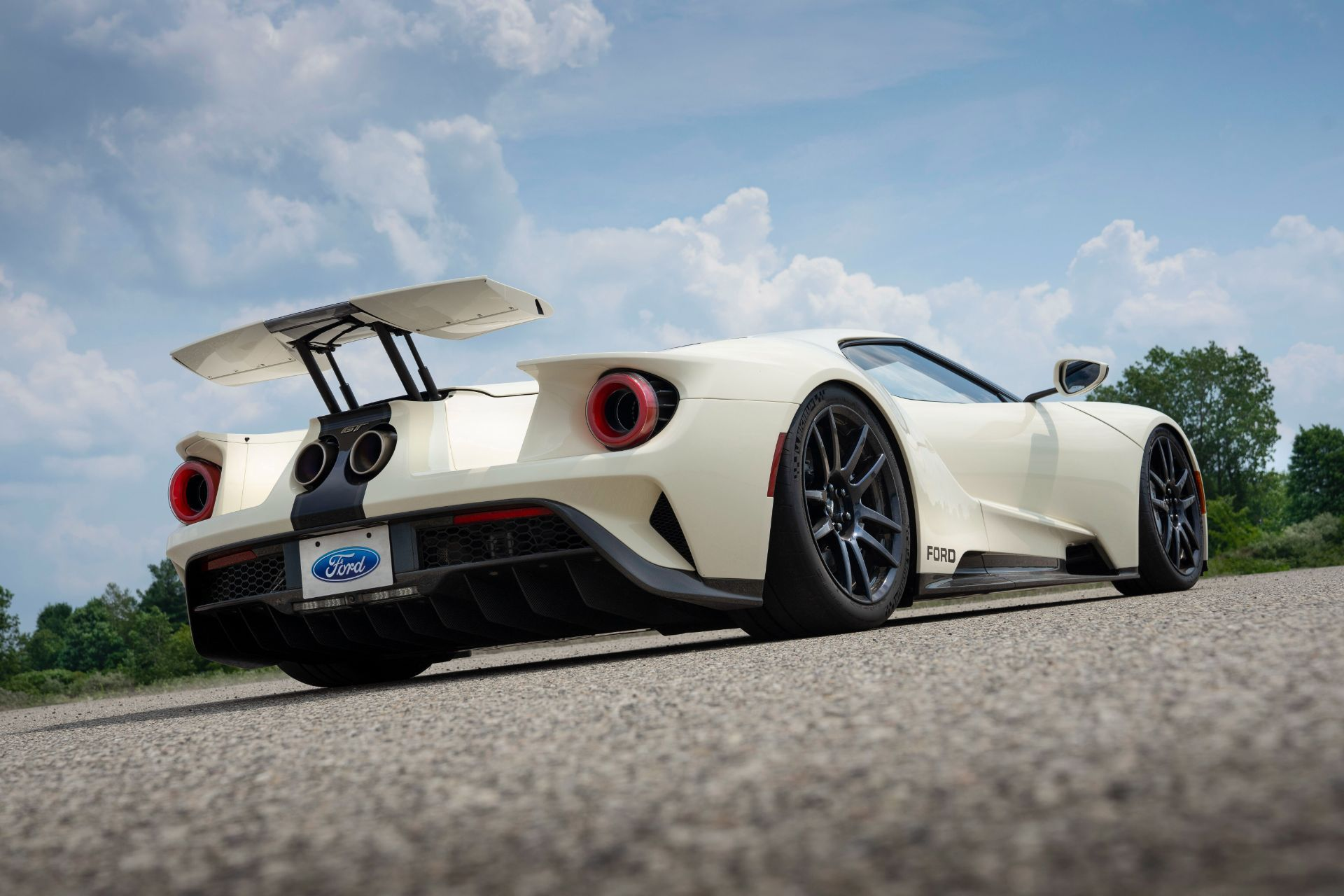 Ford-GT-Heritage-Edition-31