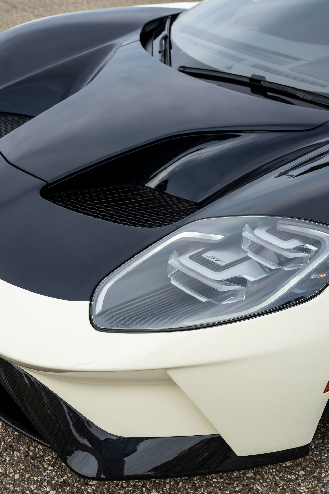 Ford-GT-Heritage-Edition-38