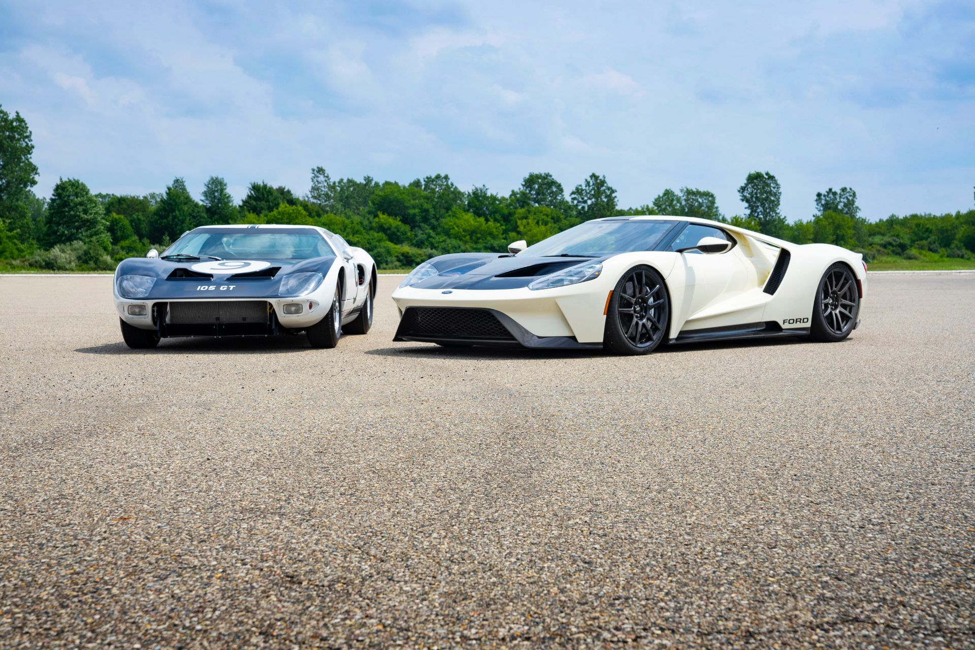 Ford-GT-Heritage-Edition-6