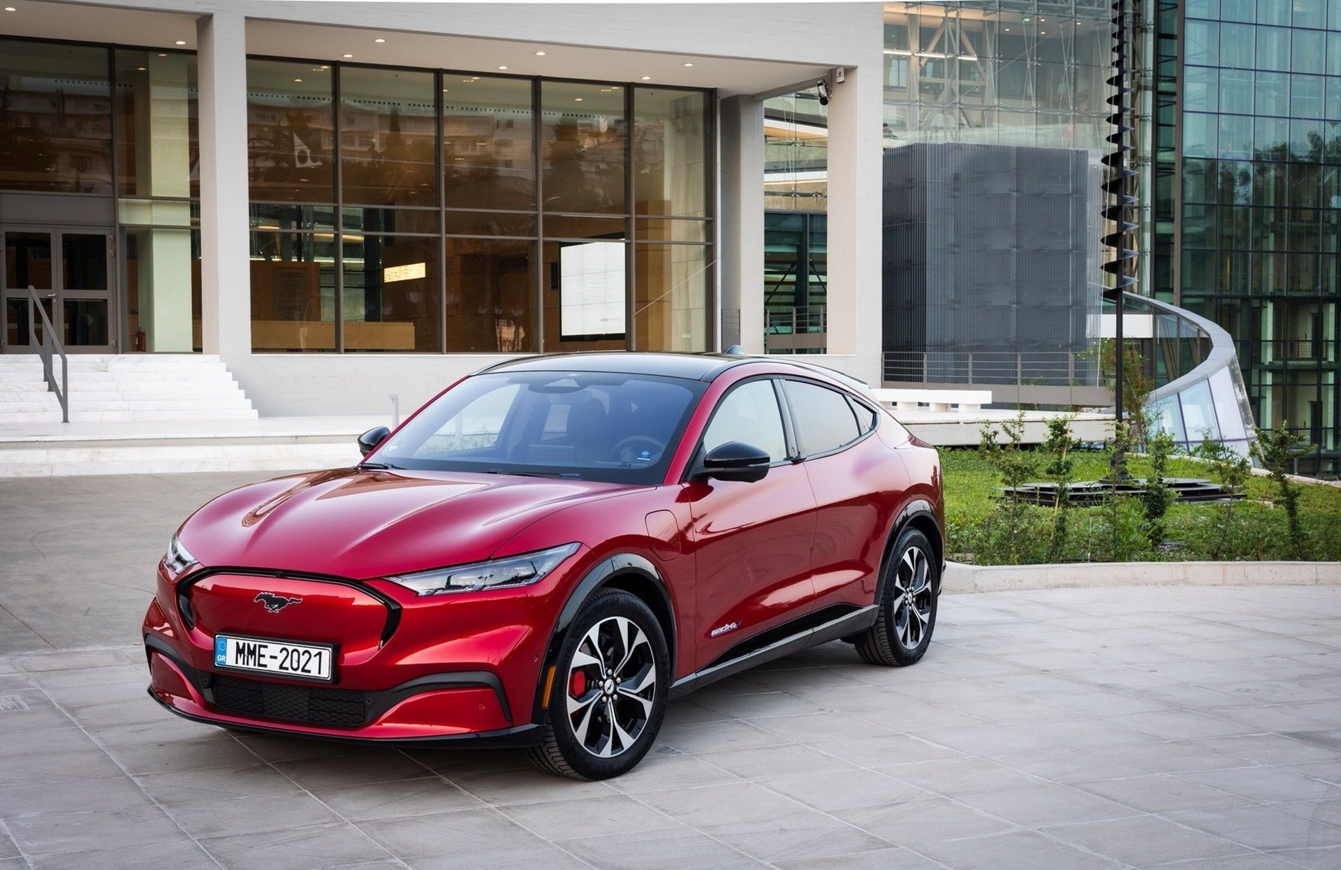 Ford_Mustang_Mach-E_greek_presskit-0013