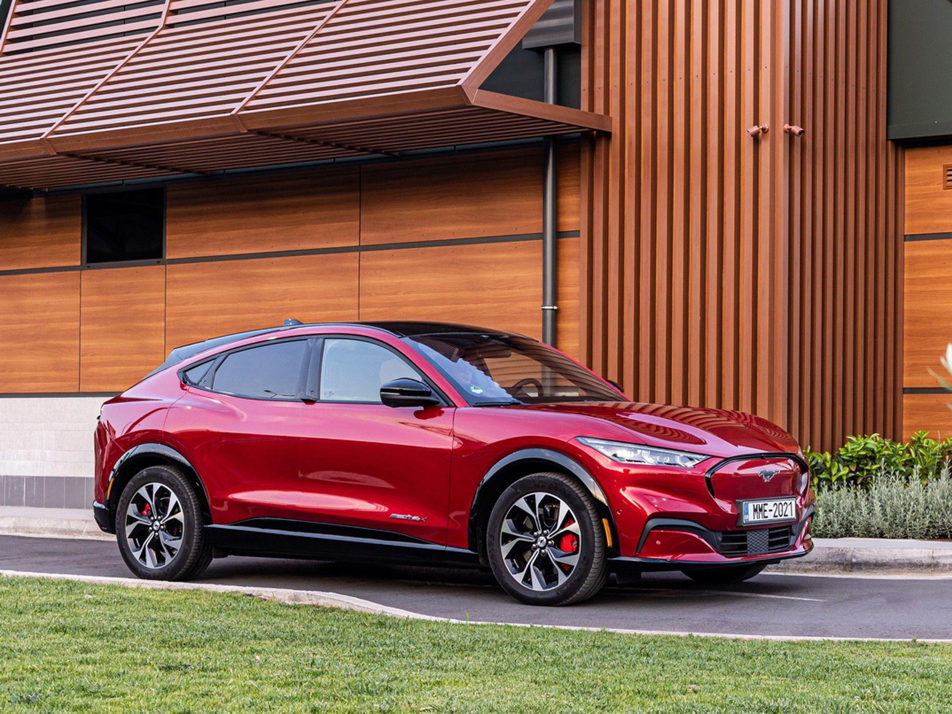 Ford_Mustang_Mach-E_greek_presskit-0018