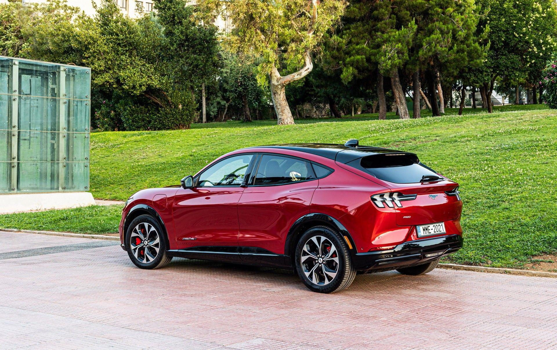 Ford_Mustang_Mach-E_greek_presskit-0025