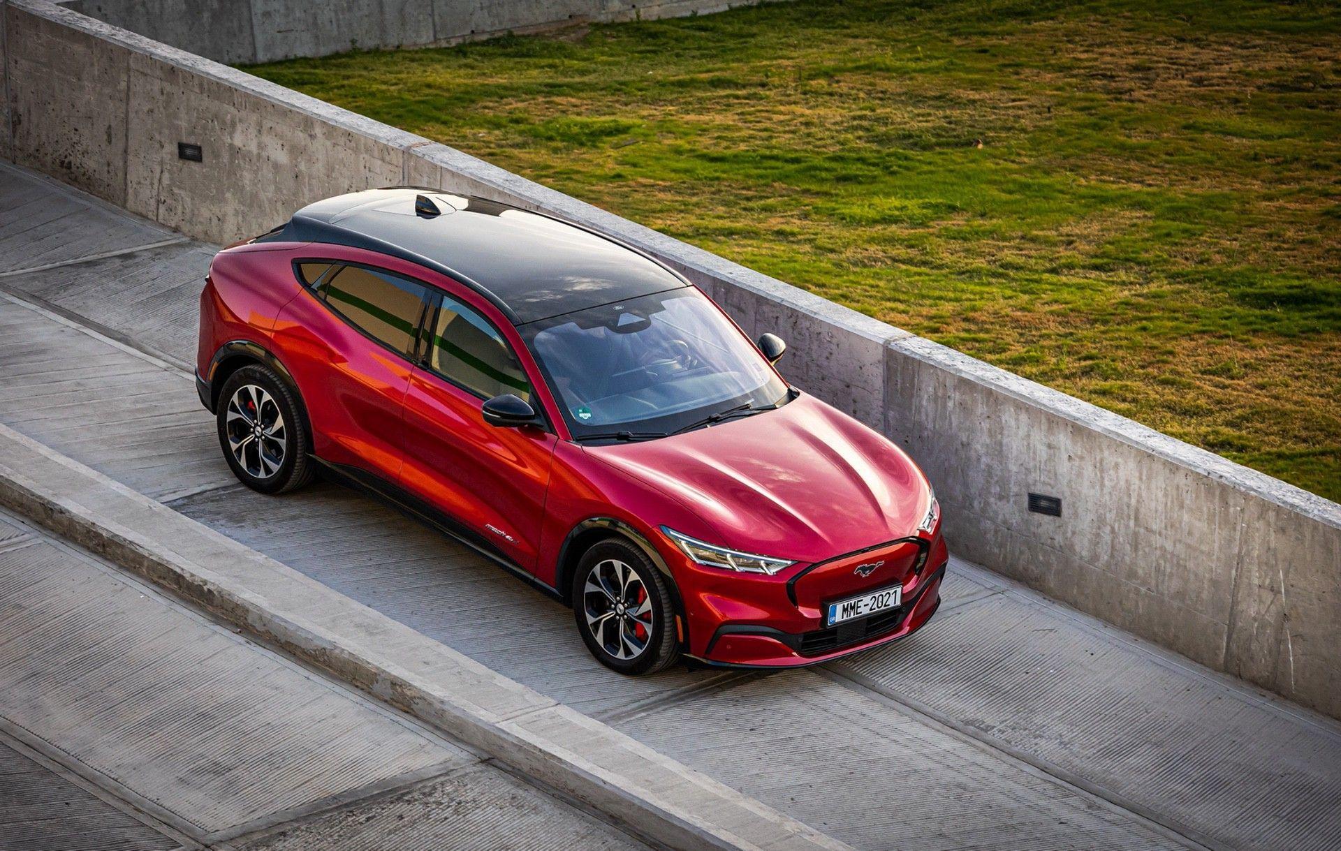 Ford_Mustang_Mach-E_greek_presskit-0027