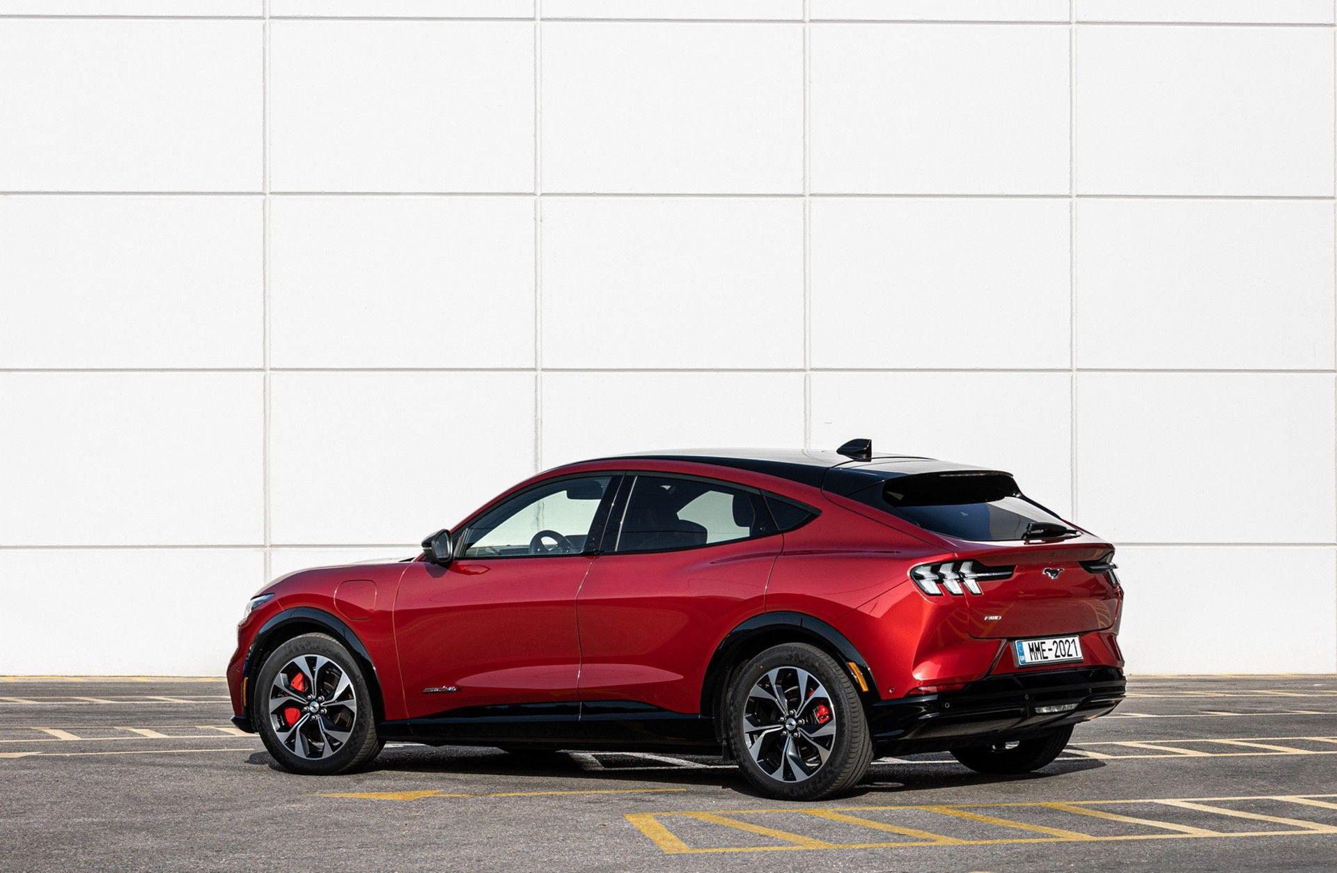 Ford_Mustang_Mach-E_greek_presskit-0056