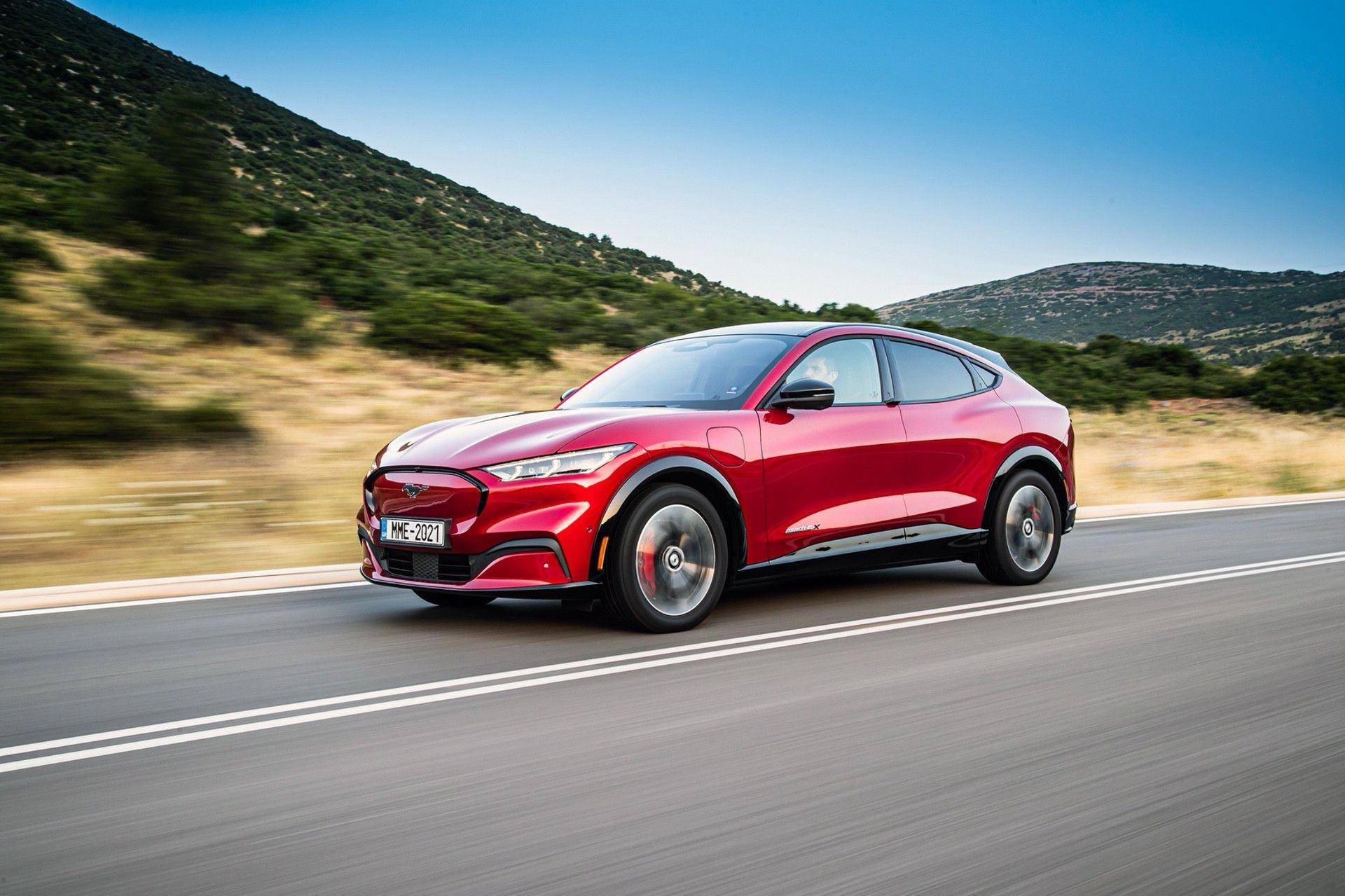 Ford_Mustang_Mach-E_greek_presskit-0102