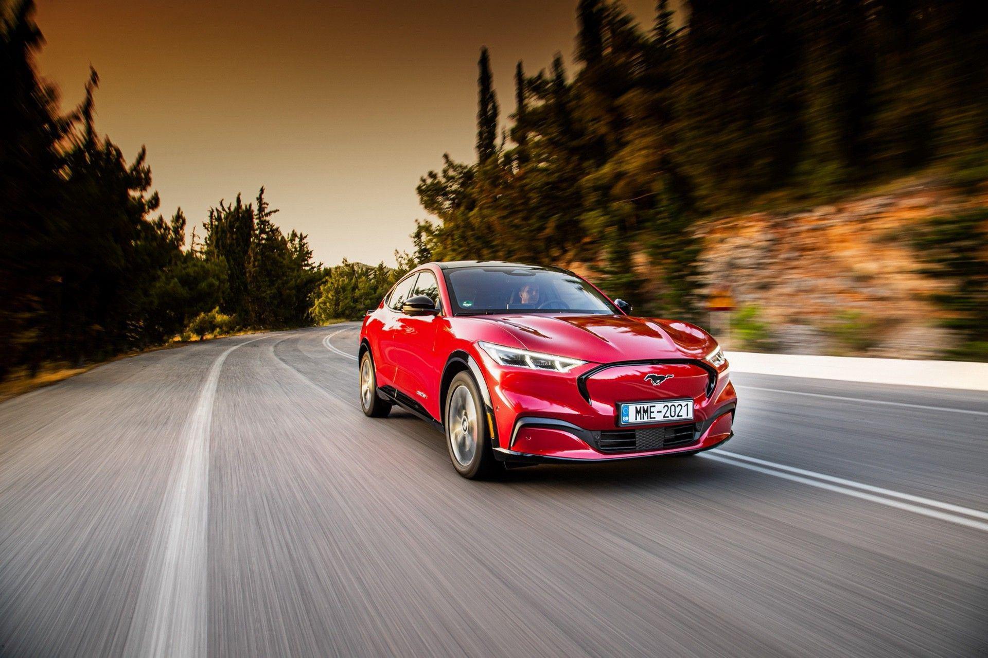 Ford_Mustang_Mach-E_greek_presskit-0115