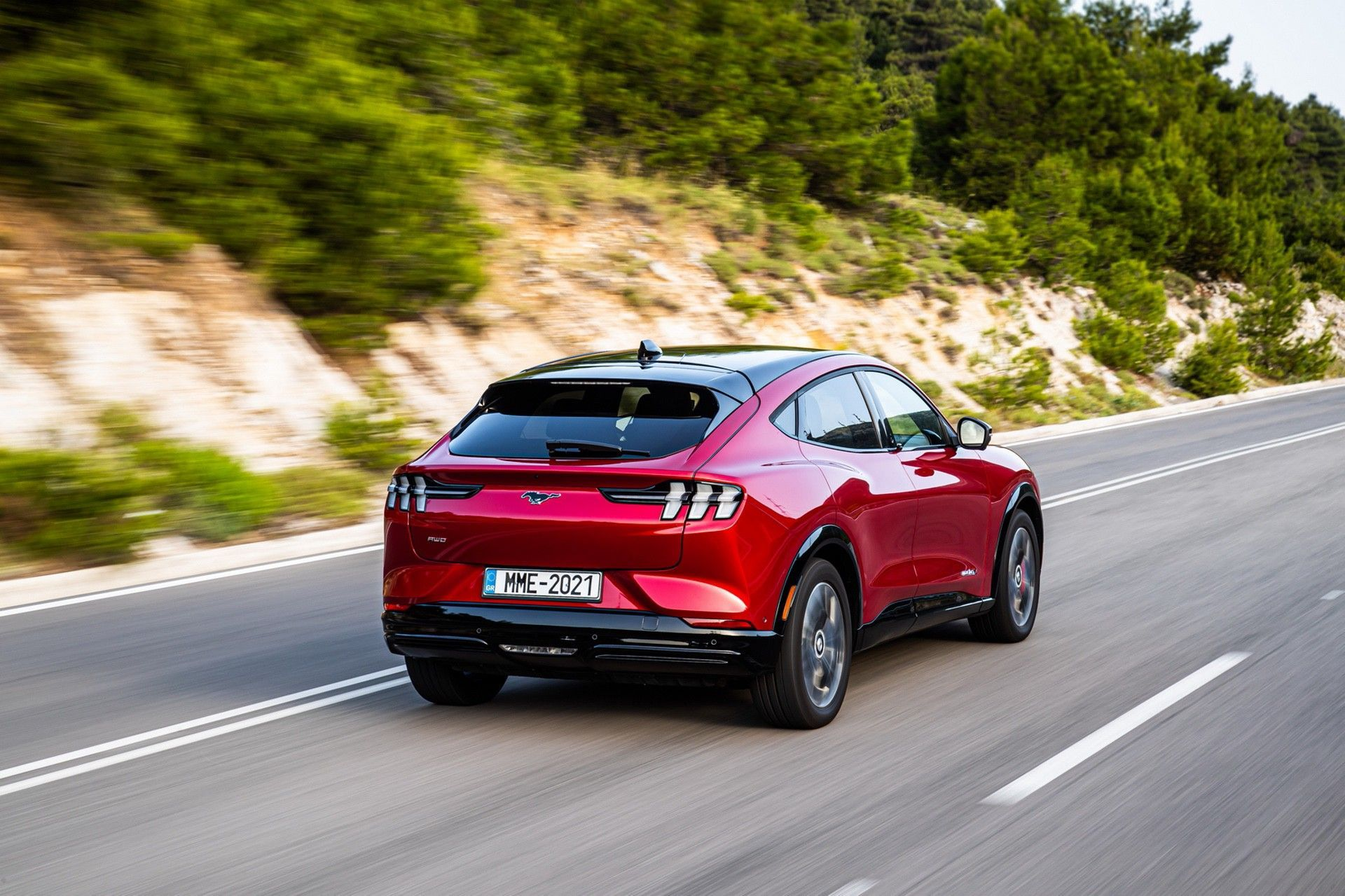 Ford_Mustang_Mach-E_greek_presskit-0119