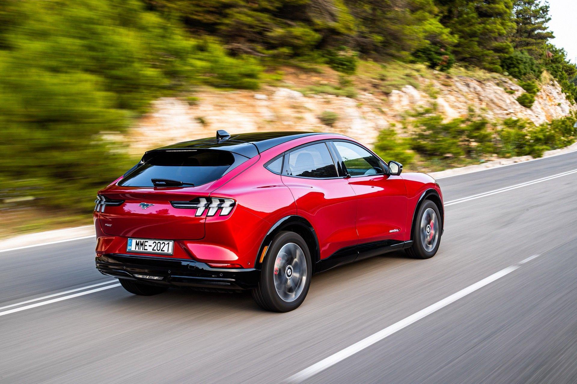 Ford_Mustang_Mach-E_greek_presskit-0120