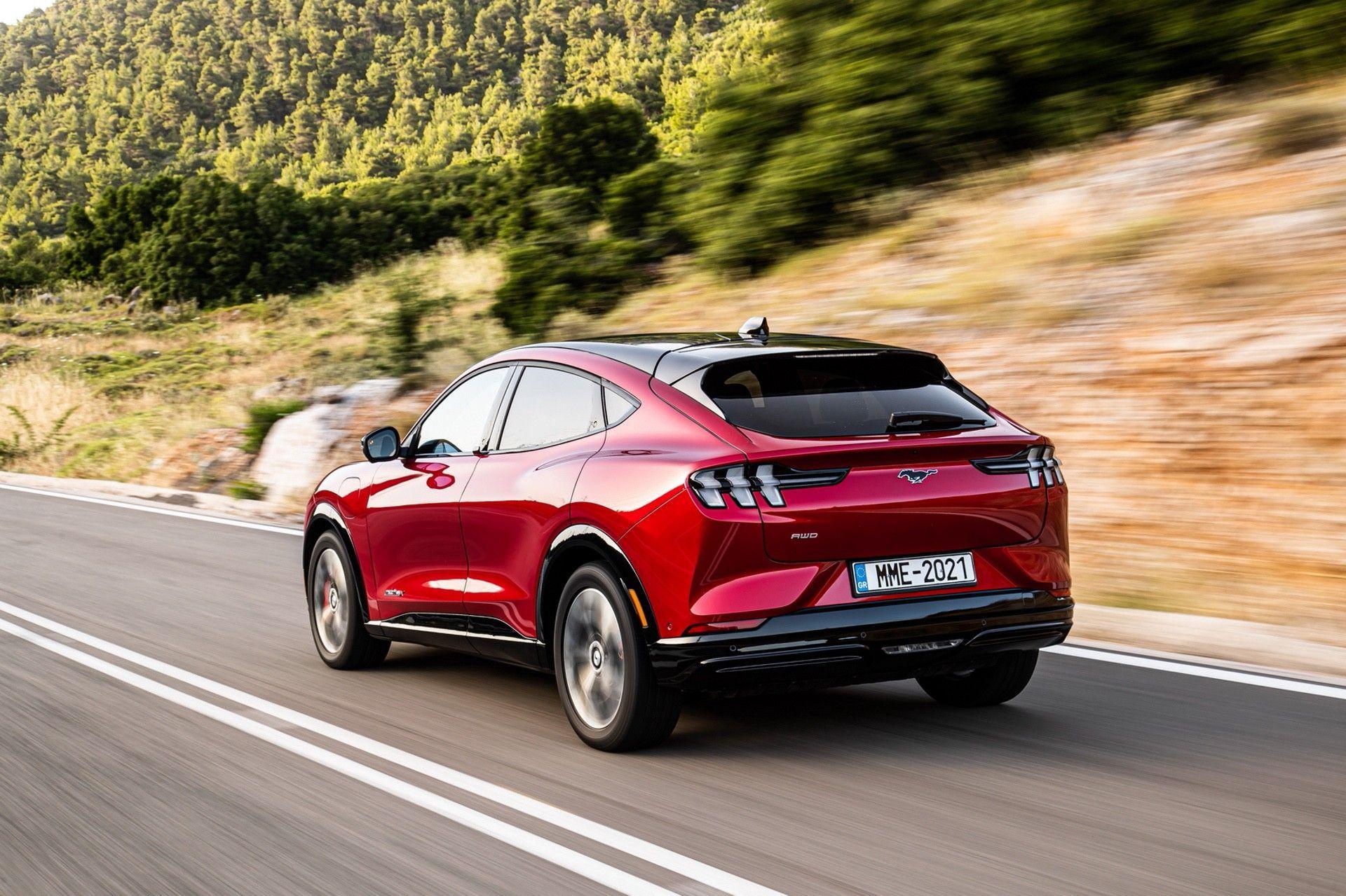 Ford_Mustang_Mach-E_greek_presskit-0124