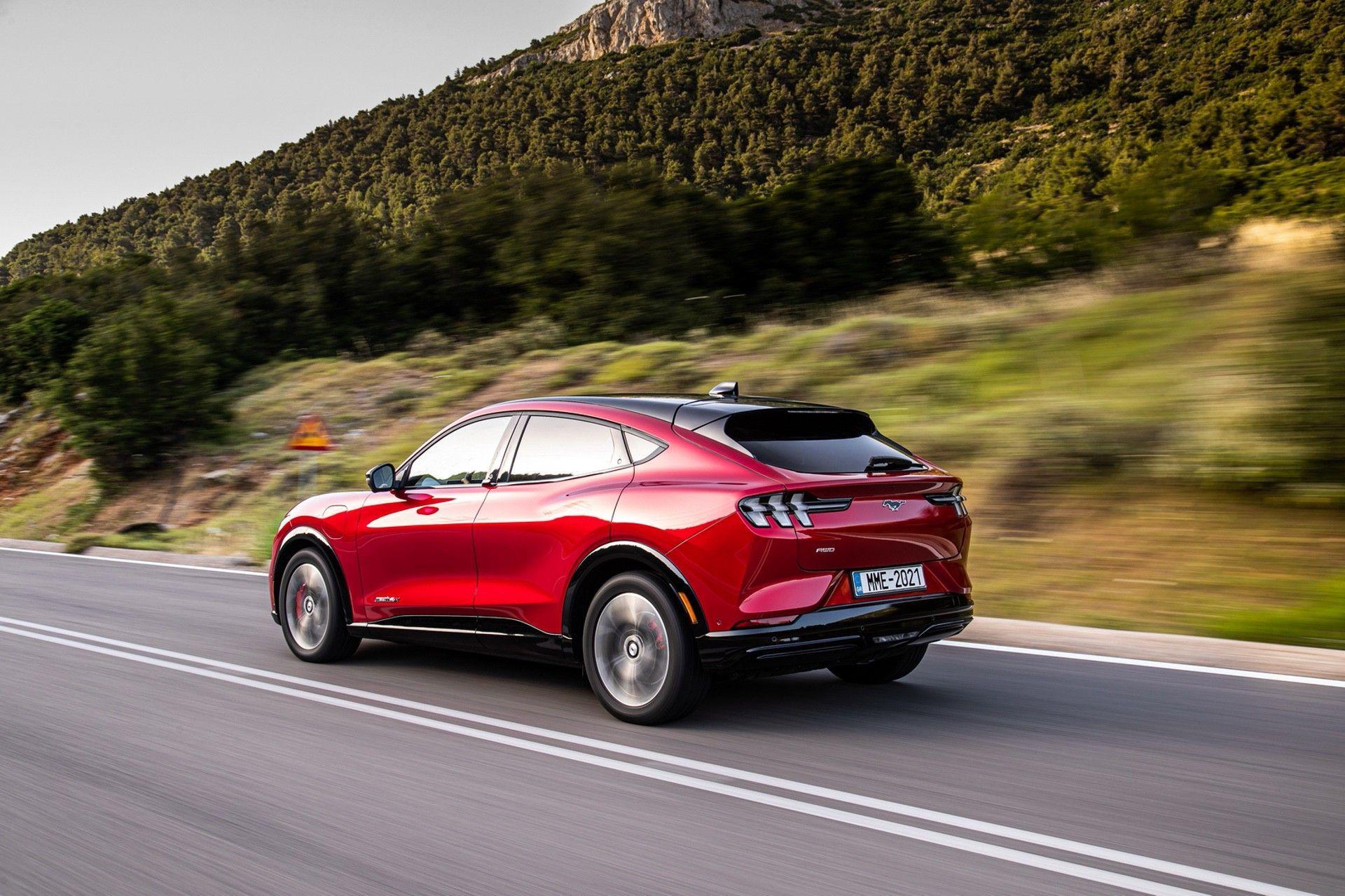 Ford_Mustang_Mach-E_greek_presskit-0126