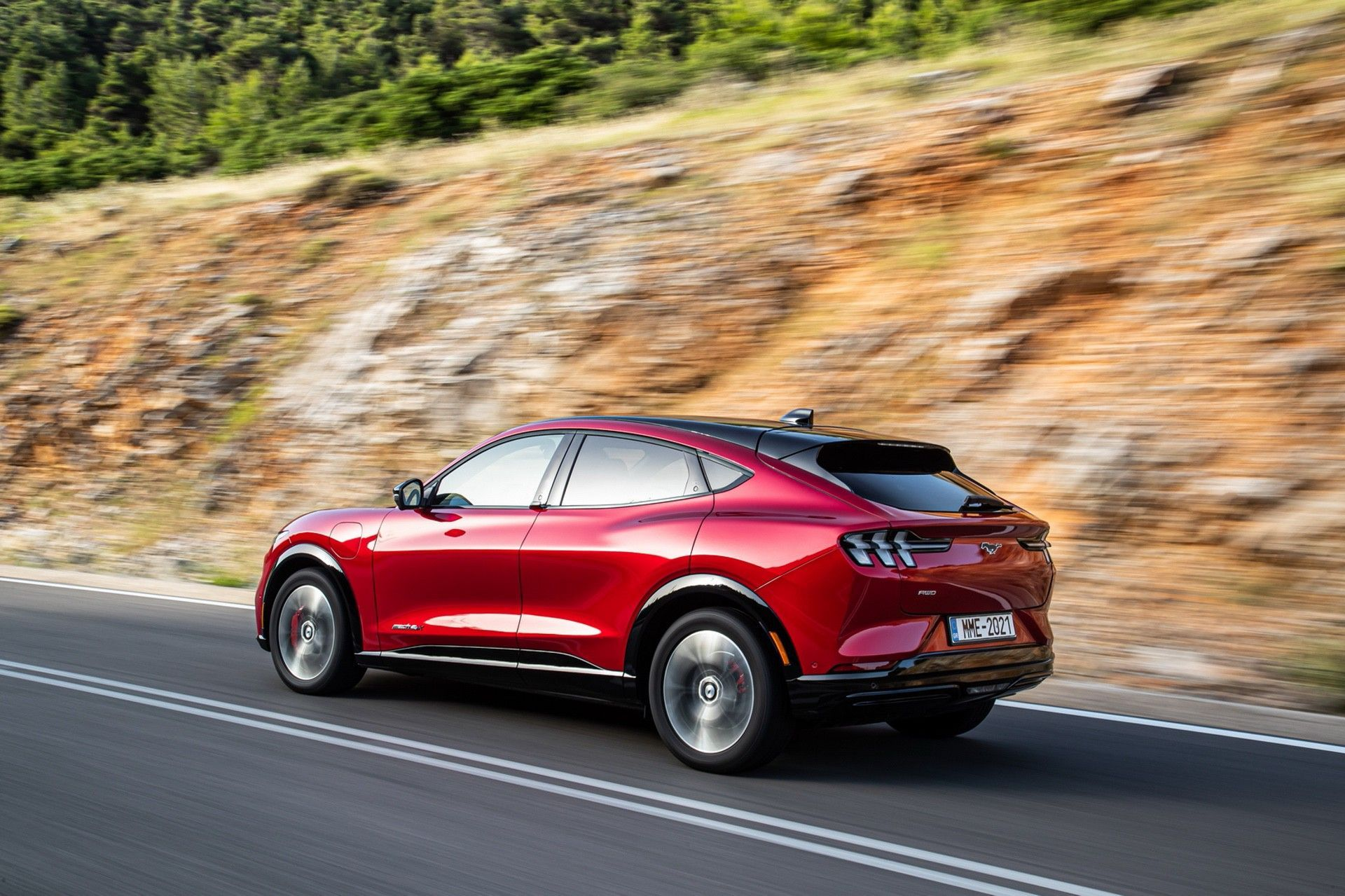 Ford_Mustang_Mach-E_greek_presskit-0128