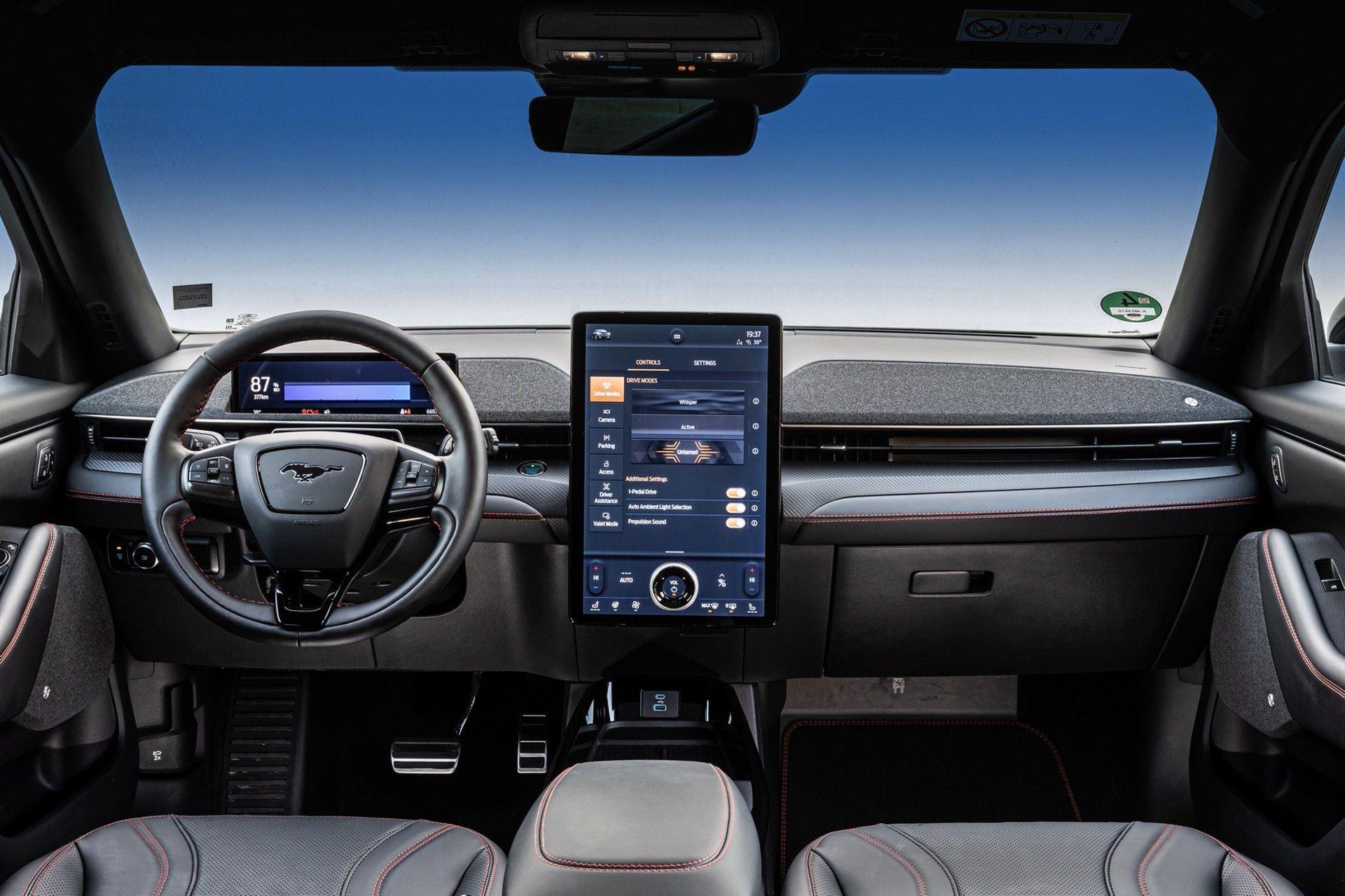 Ford_Mustang_Mach-E_greek_presskit-0145