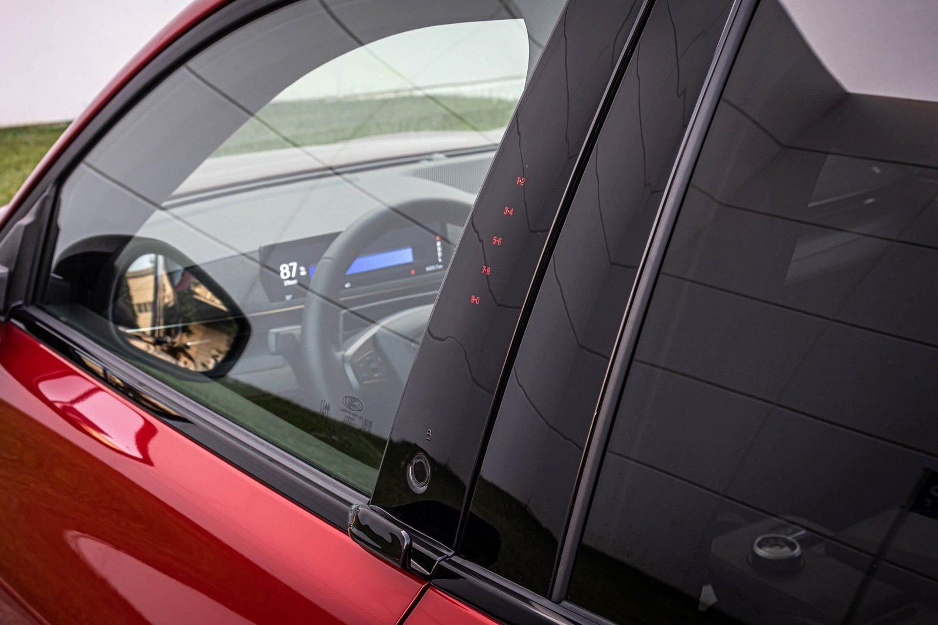 Ford_Mustang_Mach-E_greek_presskit-0148