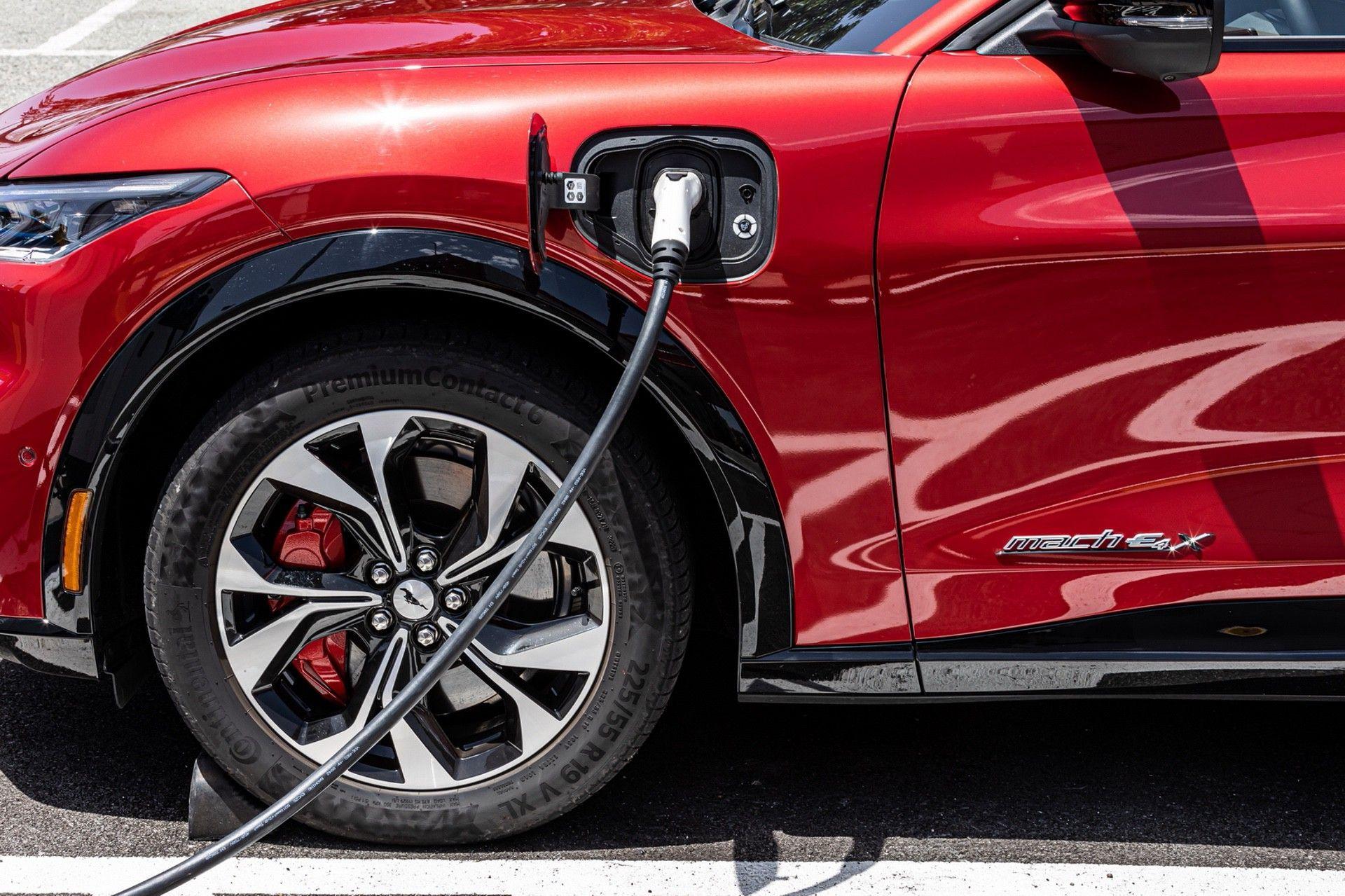 Ford_Mustang_Mach-E_greek_presskit-0157