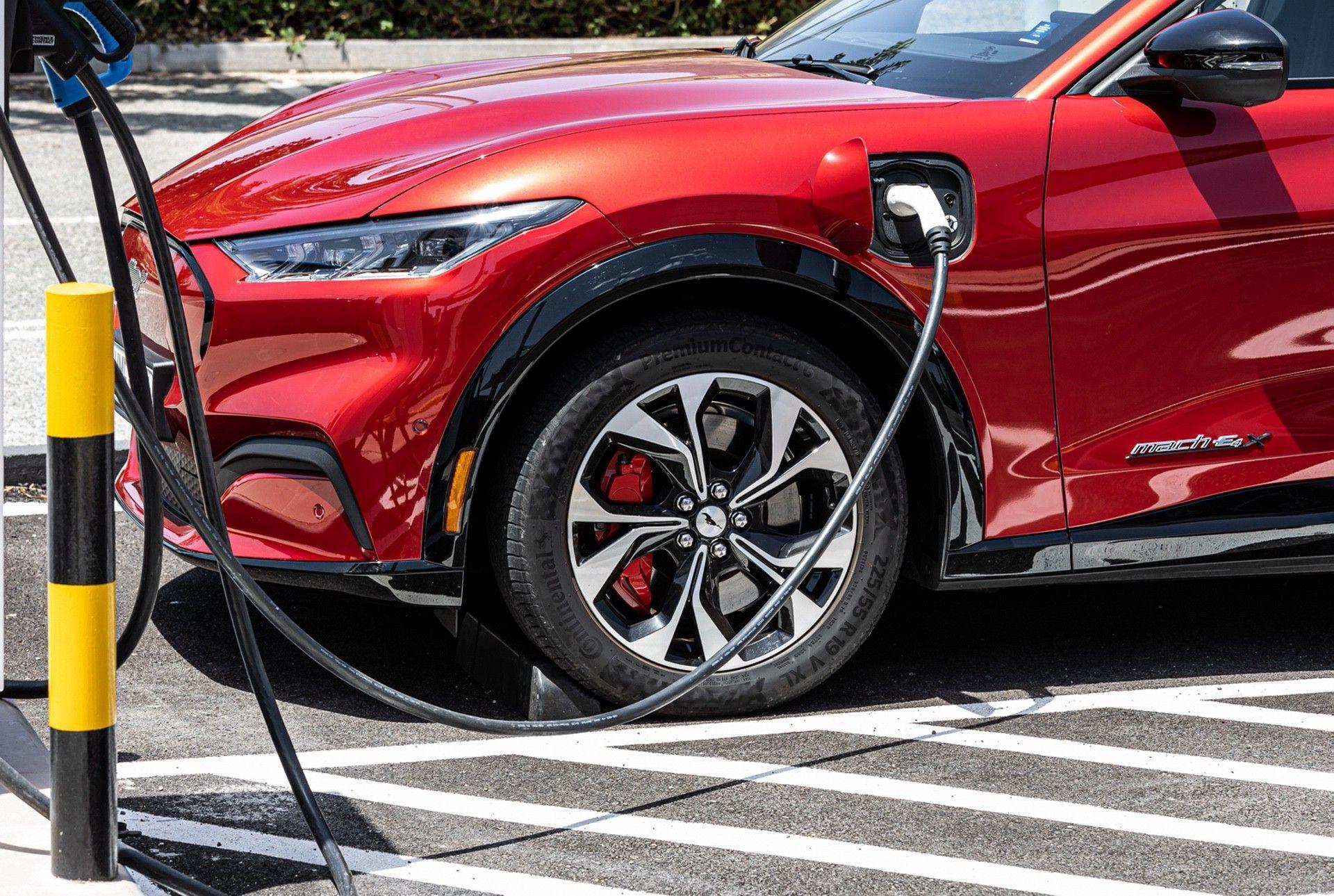 Ford_Mustang_Mach-E_greek_presskit-0158