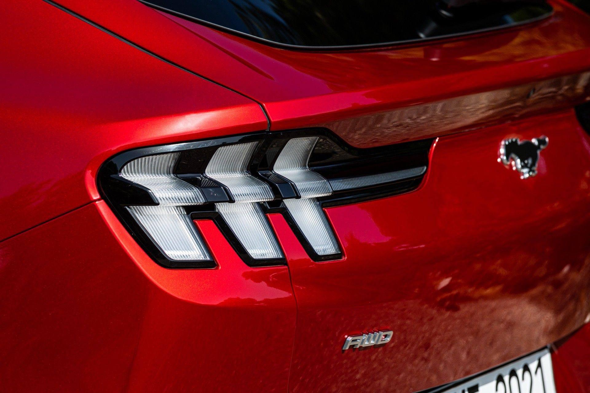 Ford_Mustang_Mach-E_greek_presskit-0173