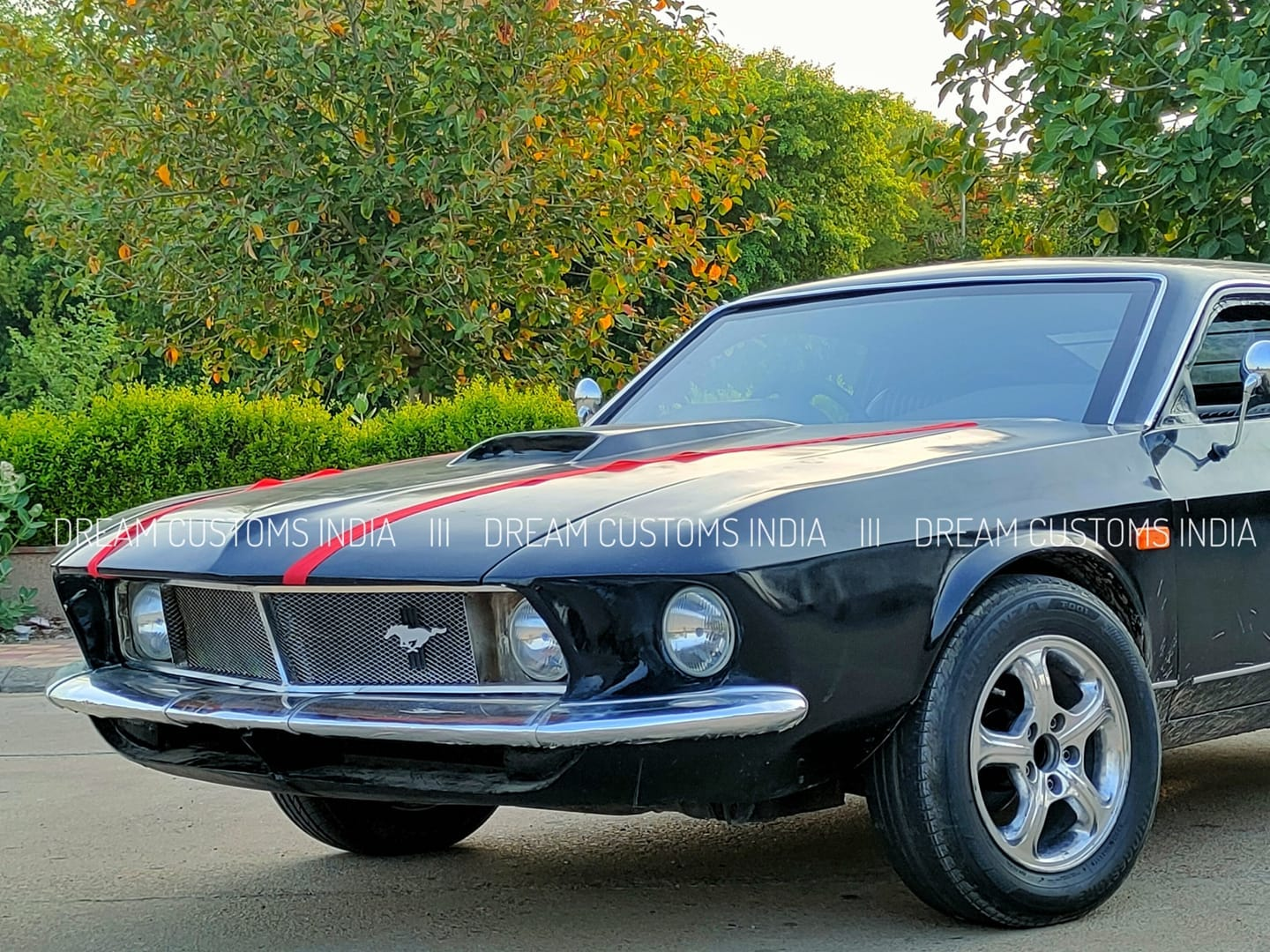 Ford-Mustang-replica-Hyundai-Accent-3