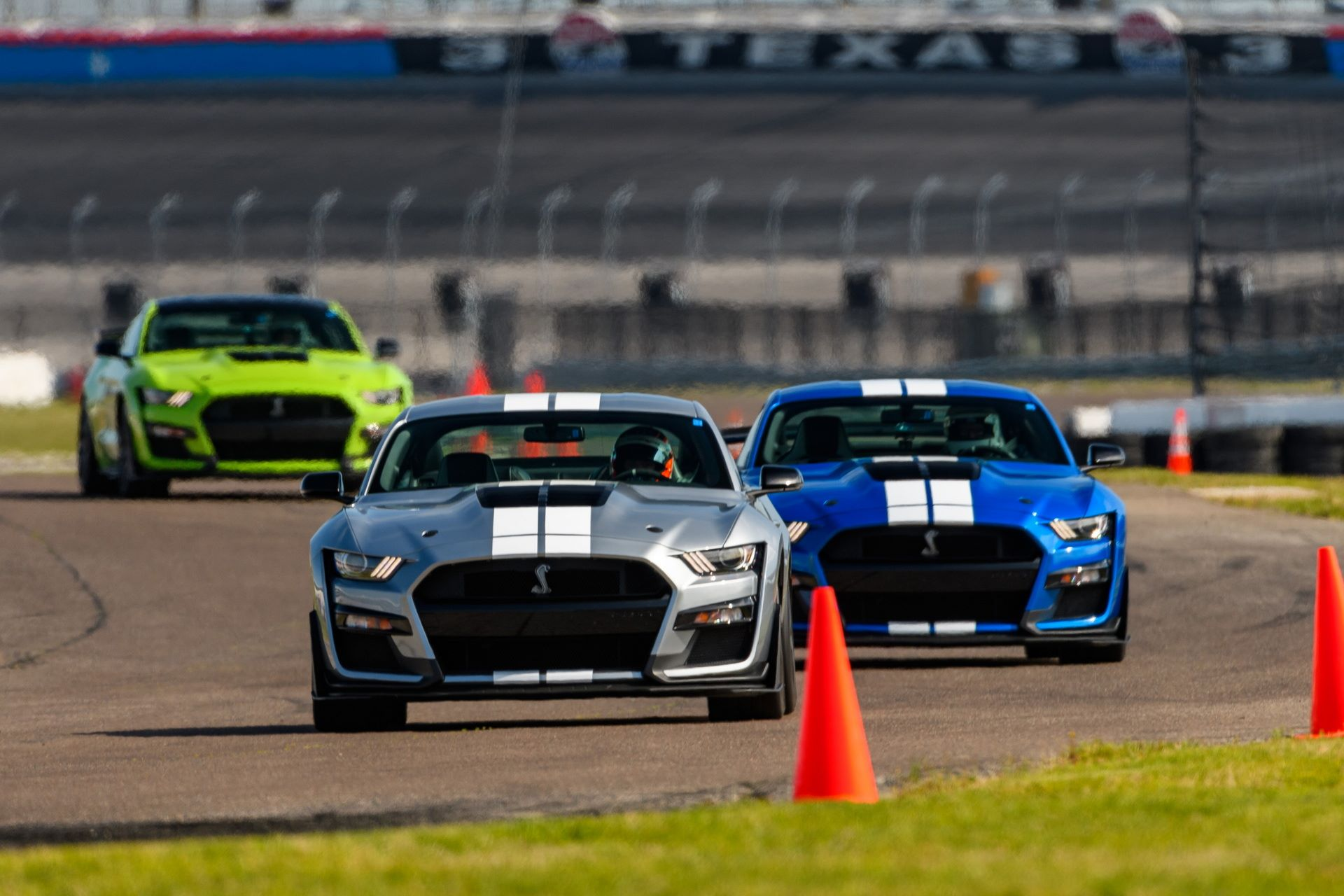 Ford-Mustang-Shelby-GT500-Performance-Parts-2