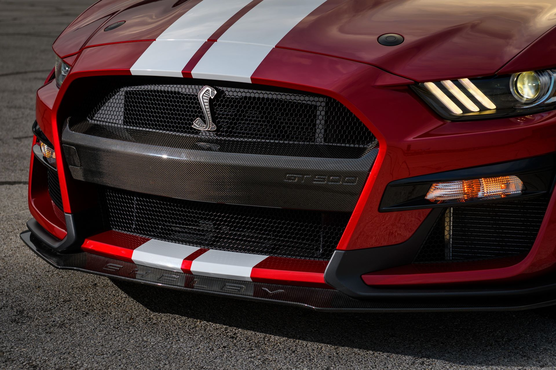 Ford-Mustang-Shelby-GT500-Performance-Parts-4