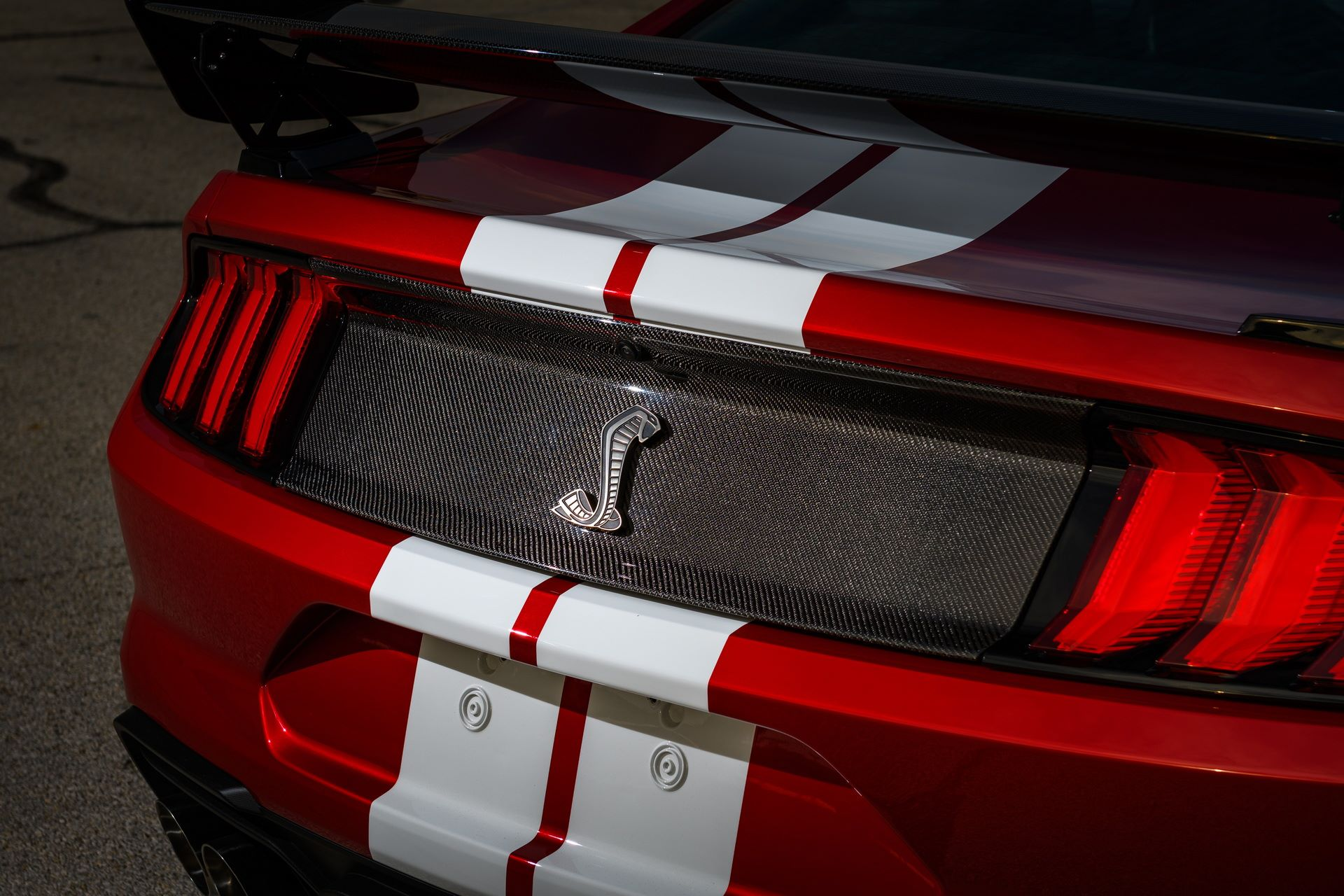 Ford-Mustang-Shelby-GT500-Performance-Parts-9