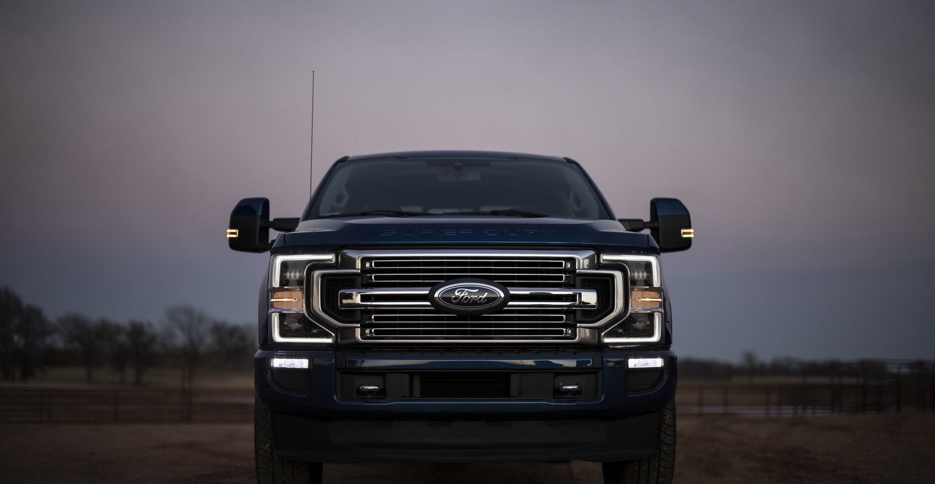 Ford-Super-Duty-2022-3