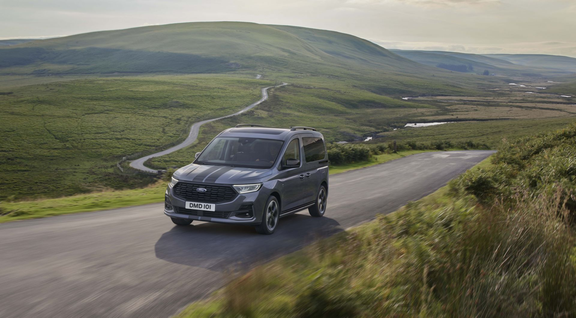 Ford-Tourneo-Connect-2021-12