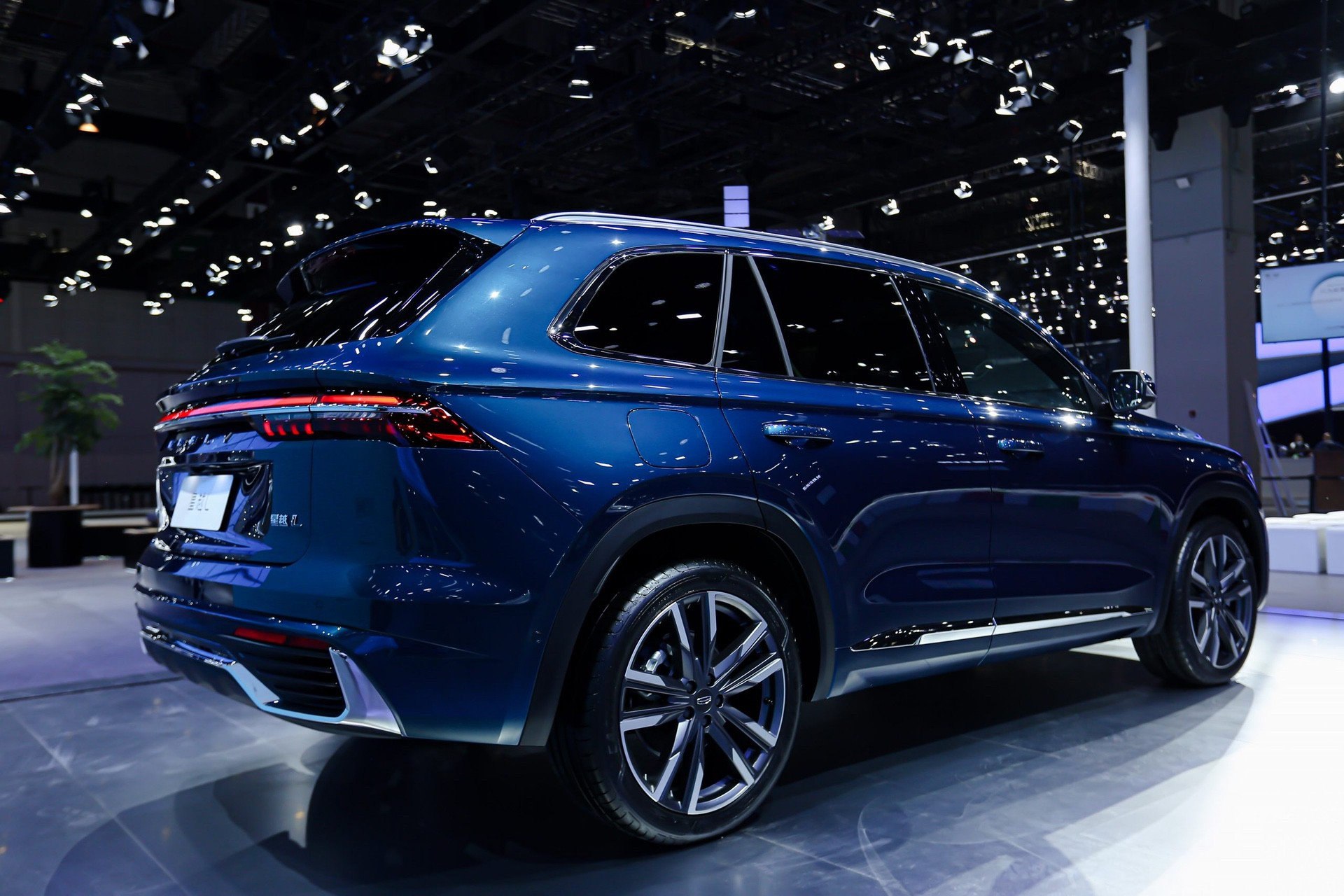 Geely_Xingyue_L-0001