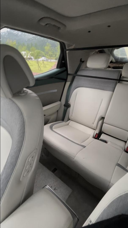 Genesis-GV60-Electric-interior-13