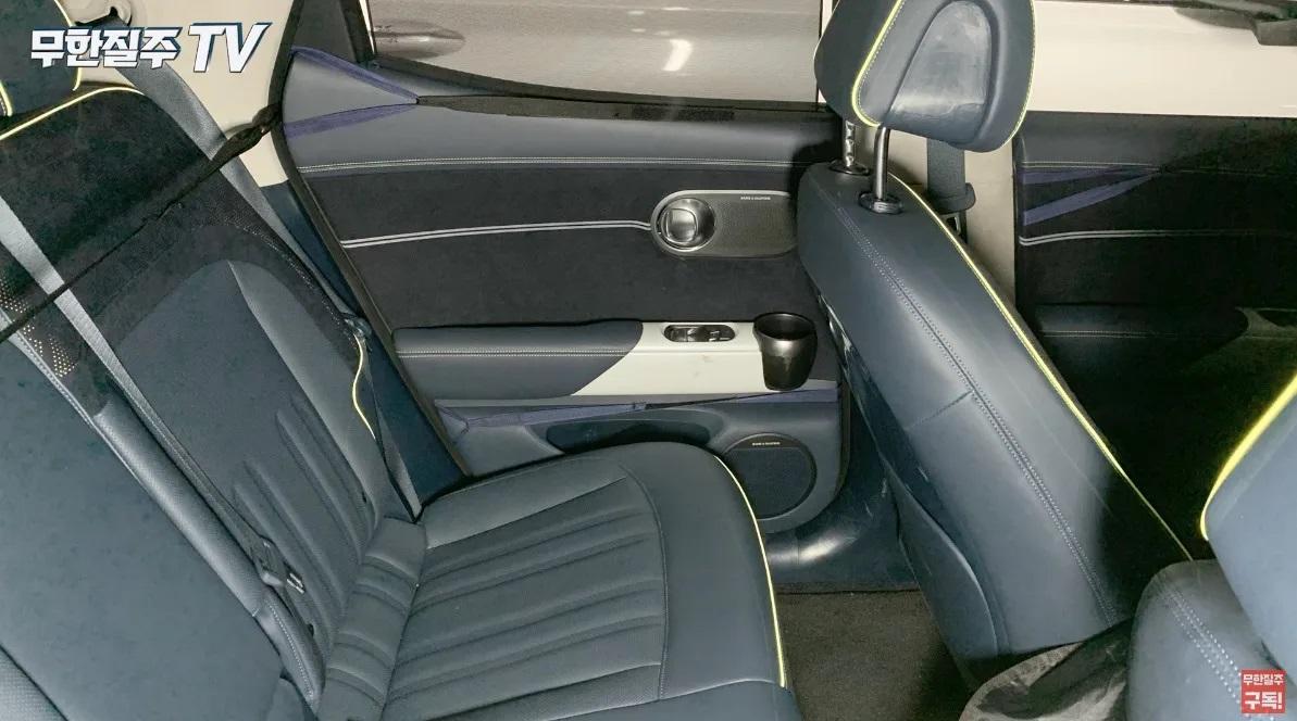 Genesis-GV60-Electric-interior-2