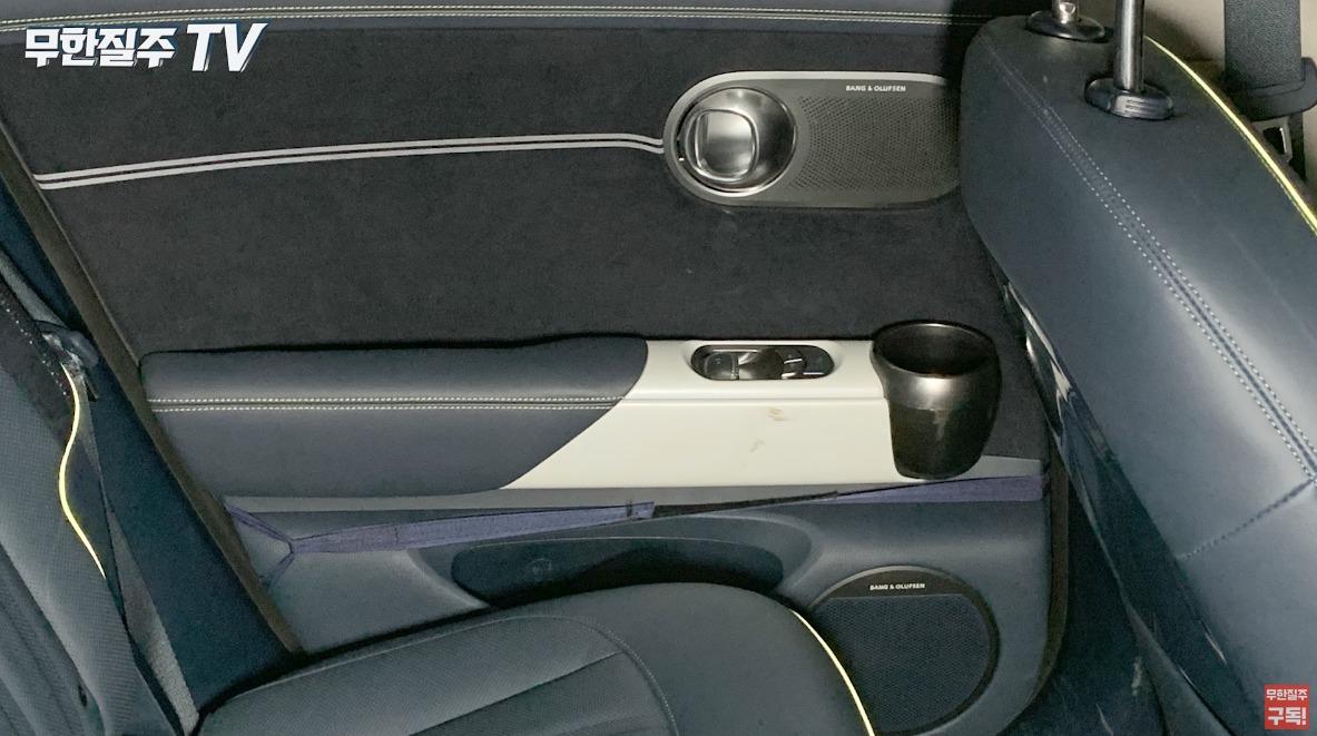 Genesis-GV60-Electric-interior-3