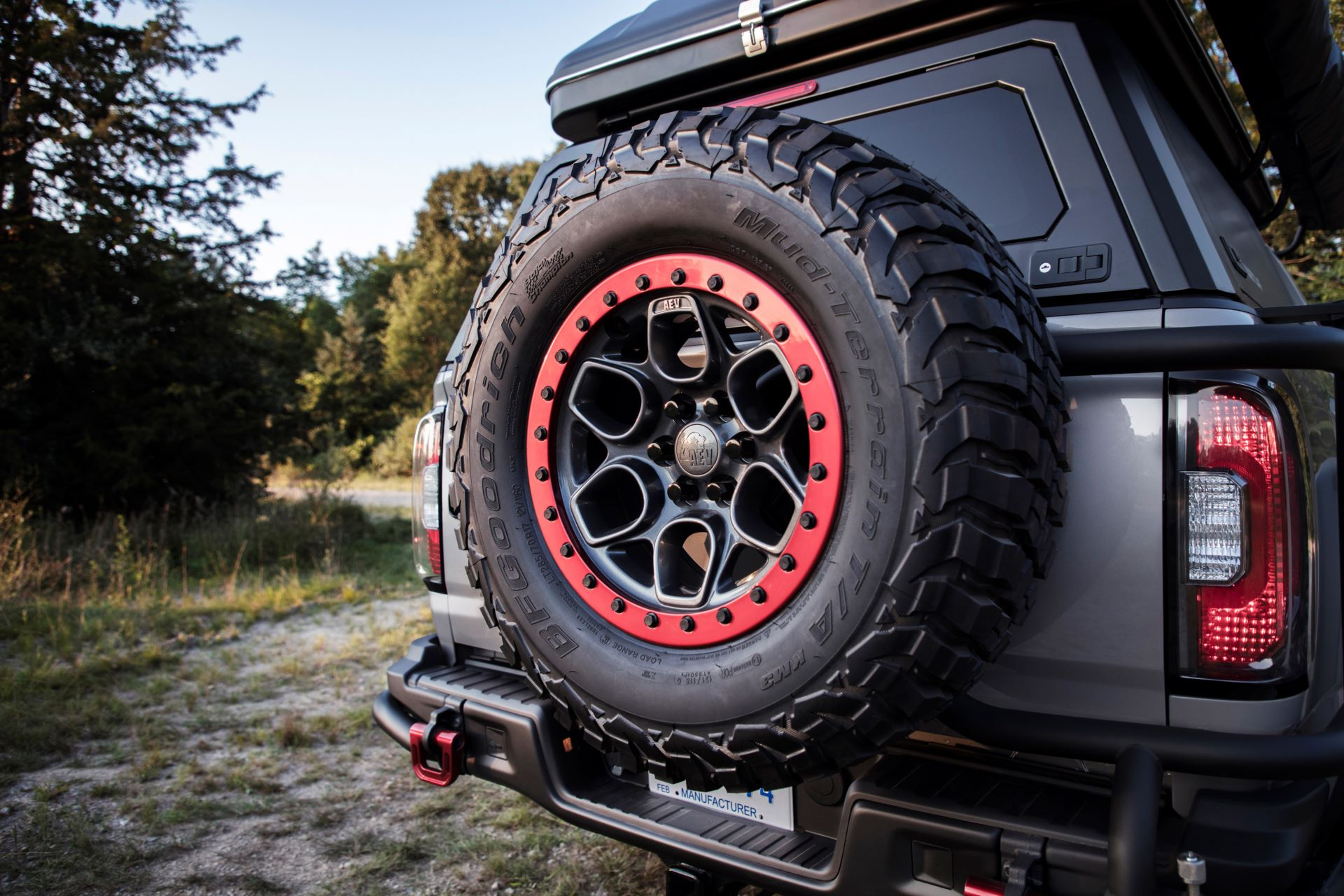 GMC-Canyon-AT4-OVRLANDX-Off-Road-Concept-14