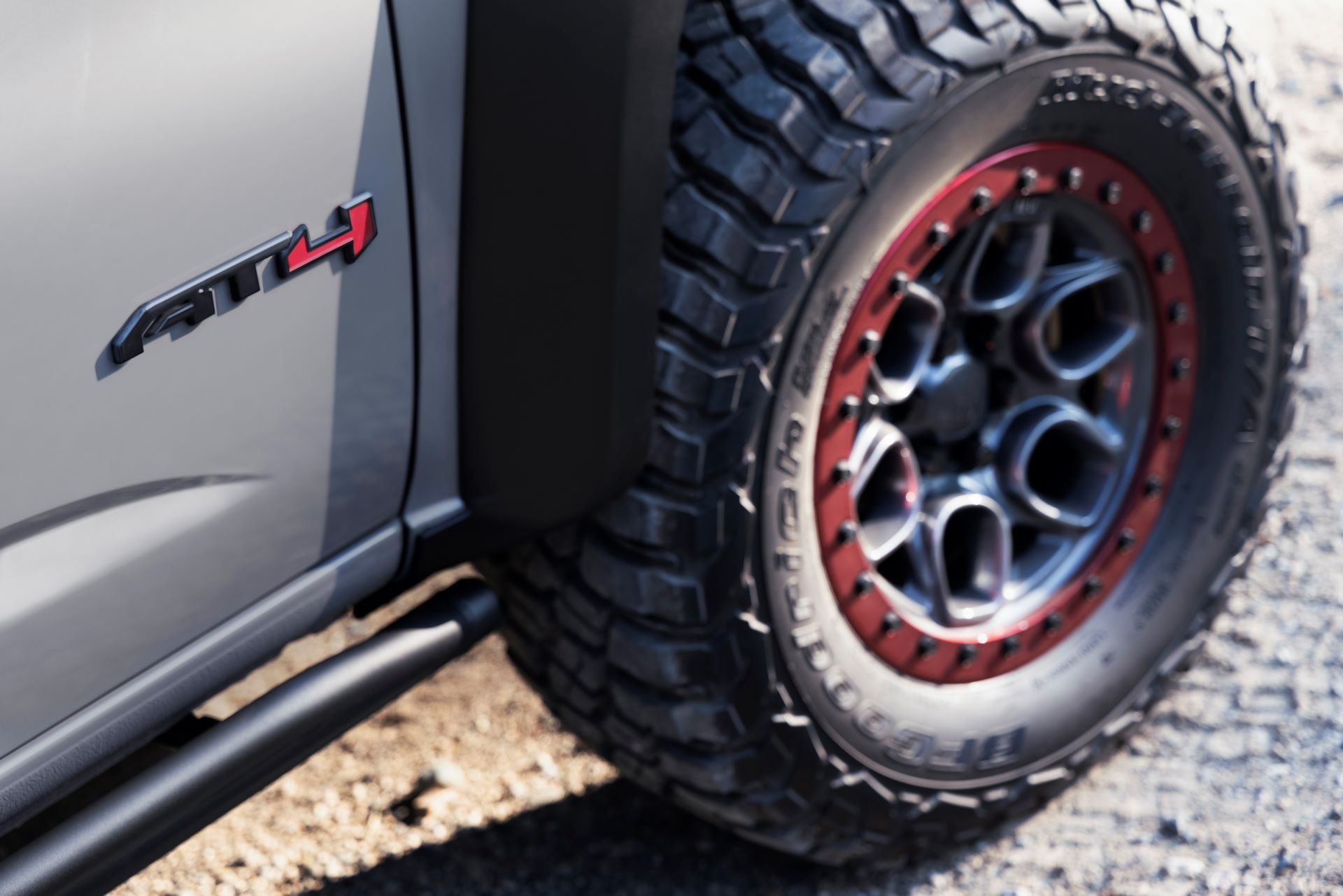 GMC-Canyon-AT4-OVRLANDX-Off-Road-Concept-15