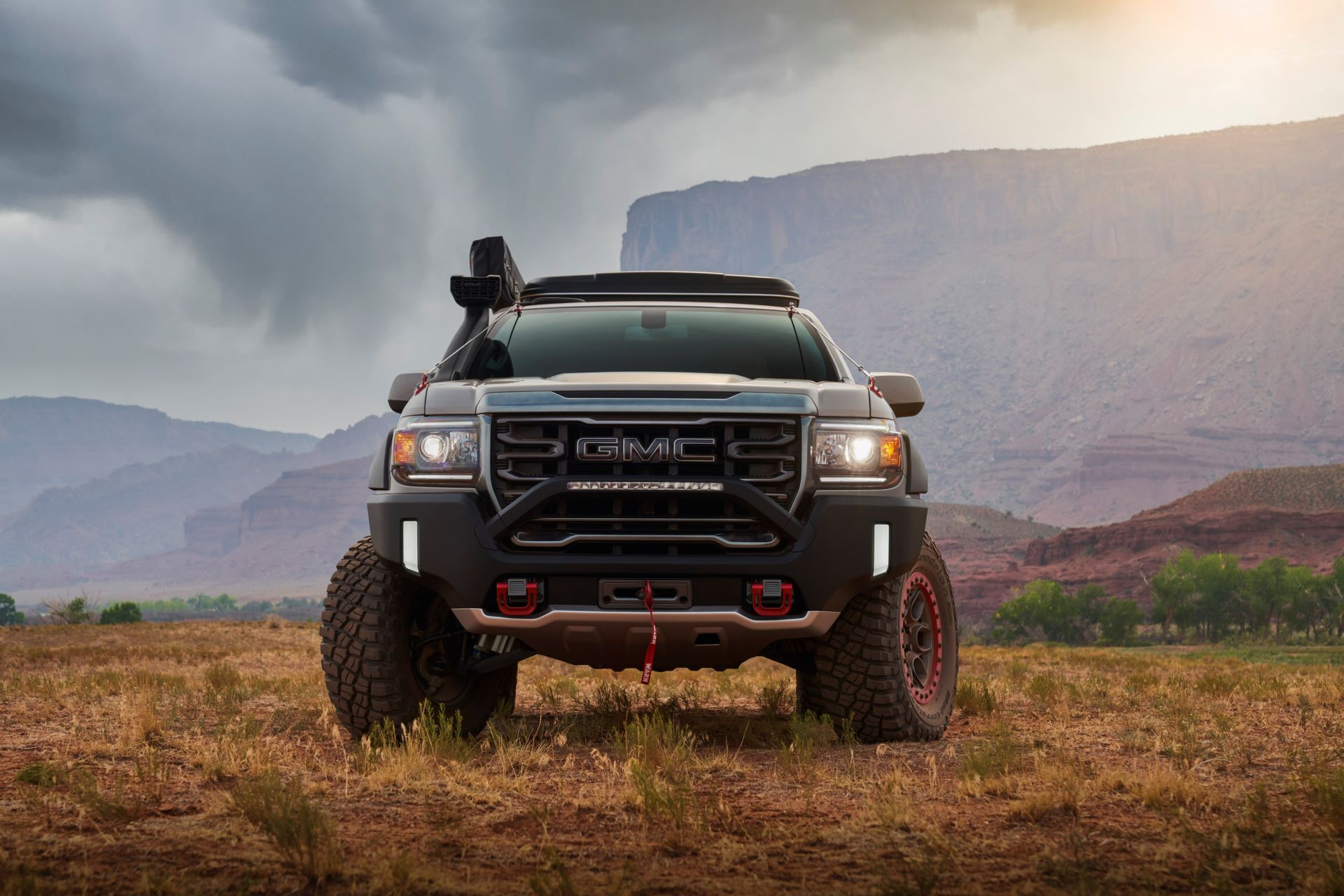 GMC-Canyon-AT4-OVRLANDX-Off-Road-Concept-2