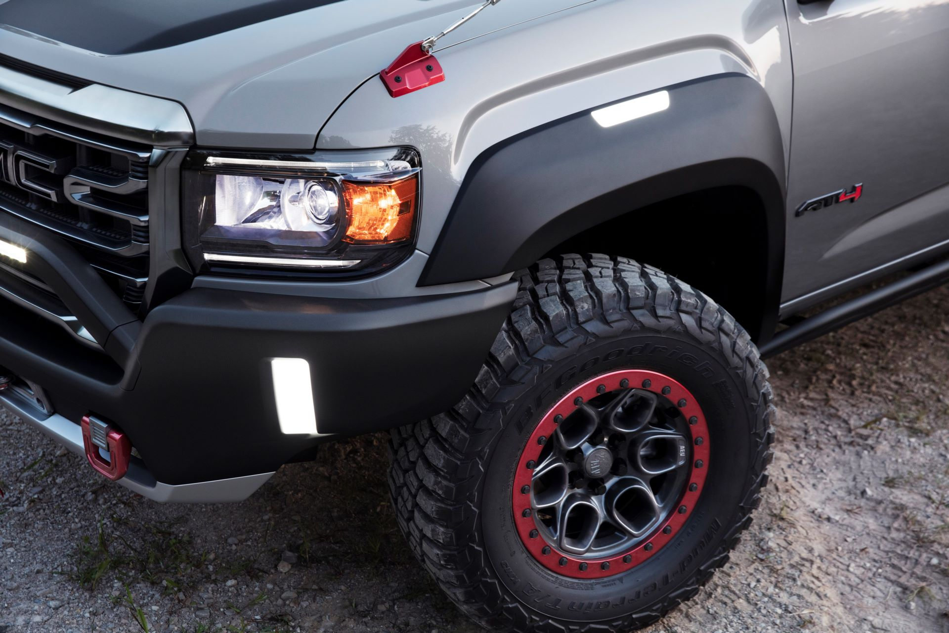 GMC-Canyon-AT4-OVRLANDX-Off-Road-Concept-20