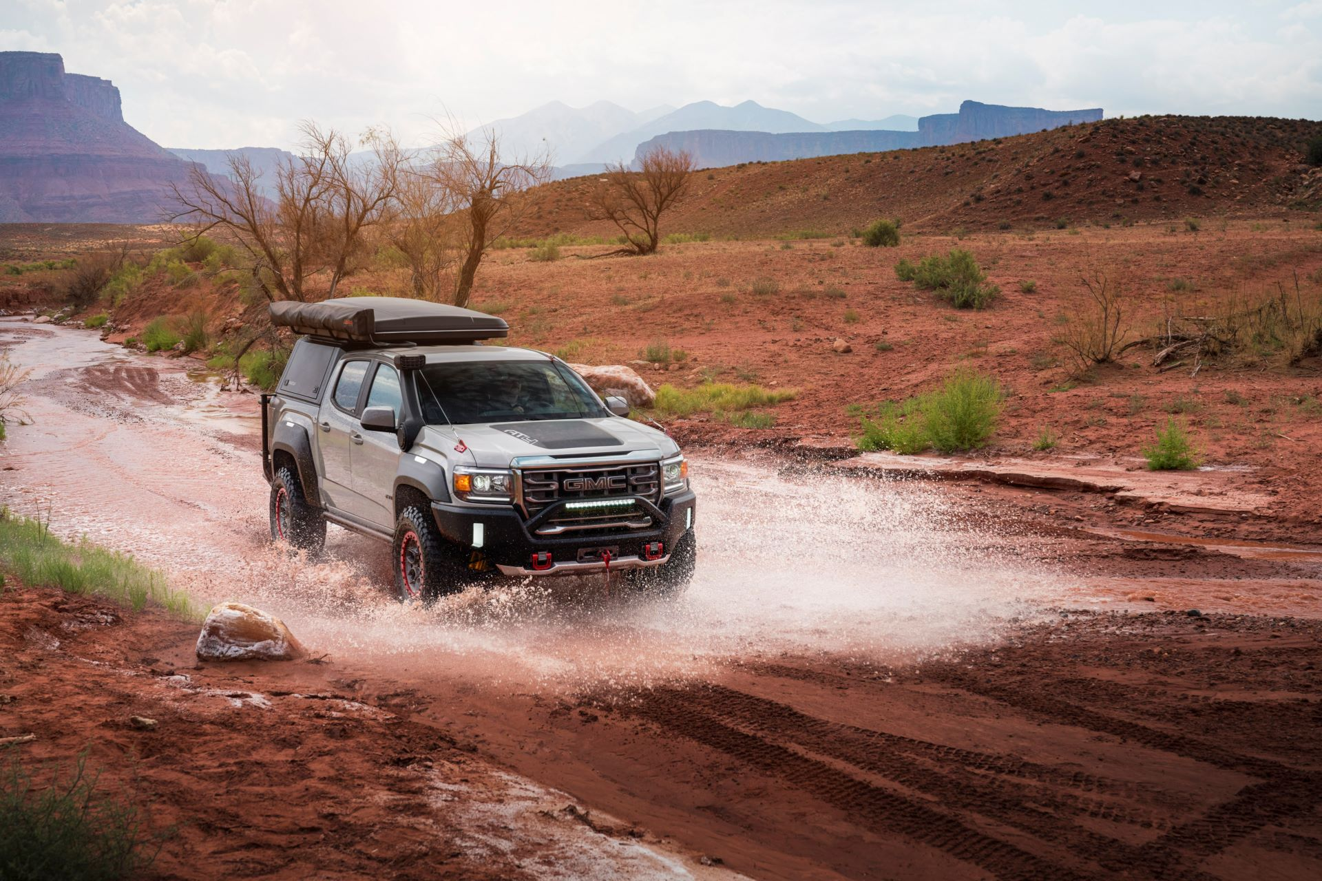 GMC-Canyon-AT4-OVRLANDX-Off-Road-Concept-4
