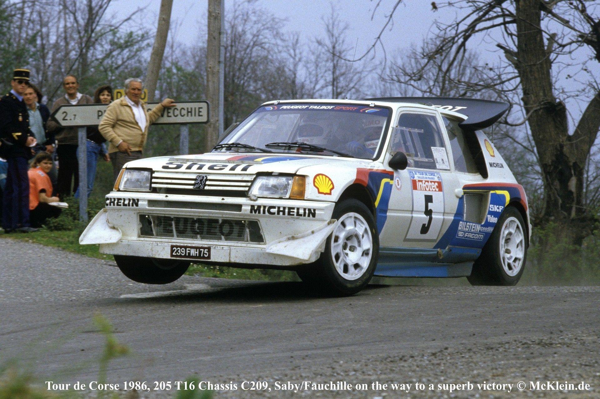 1985_Peugeot_205_Turbo_16_Evolution_2_sale-0000