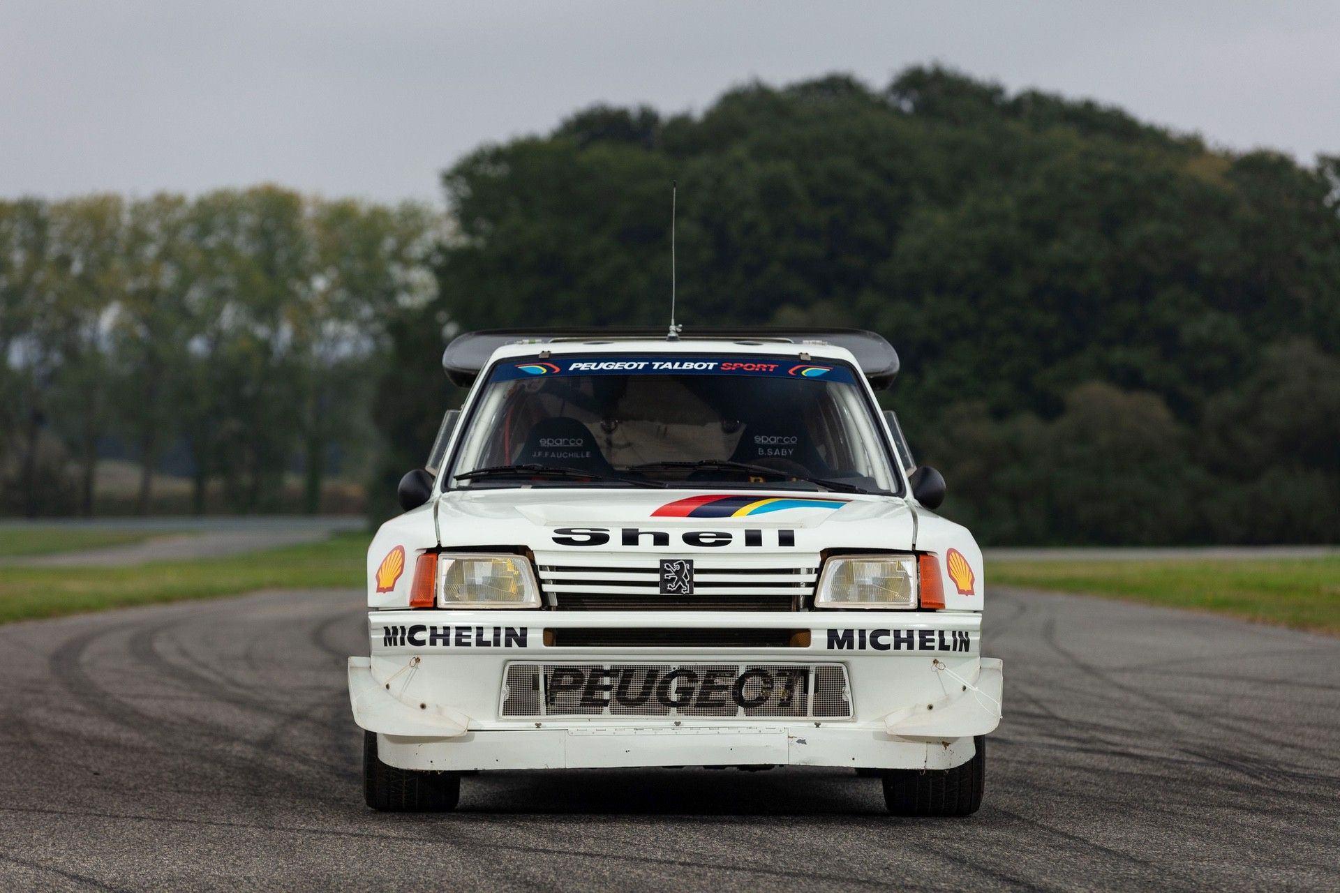 1985_Peugeot_205_Turbo_16_Evolution_2_sale-0011