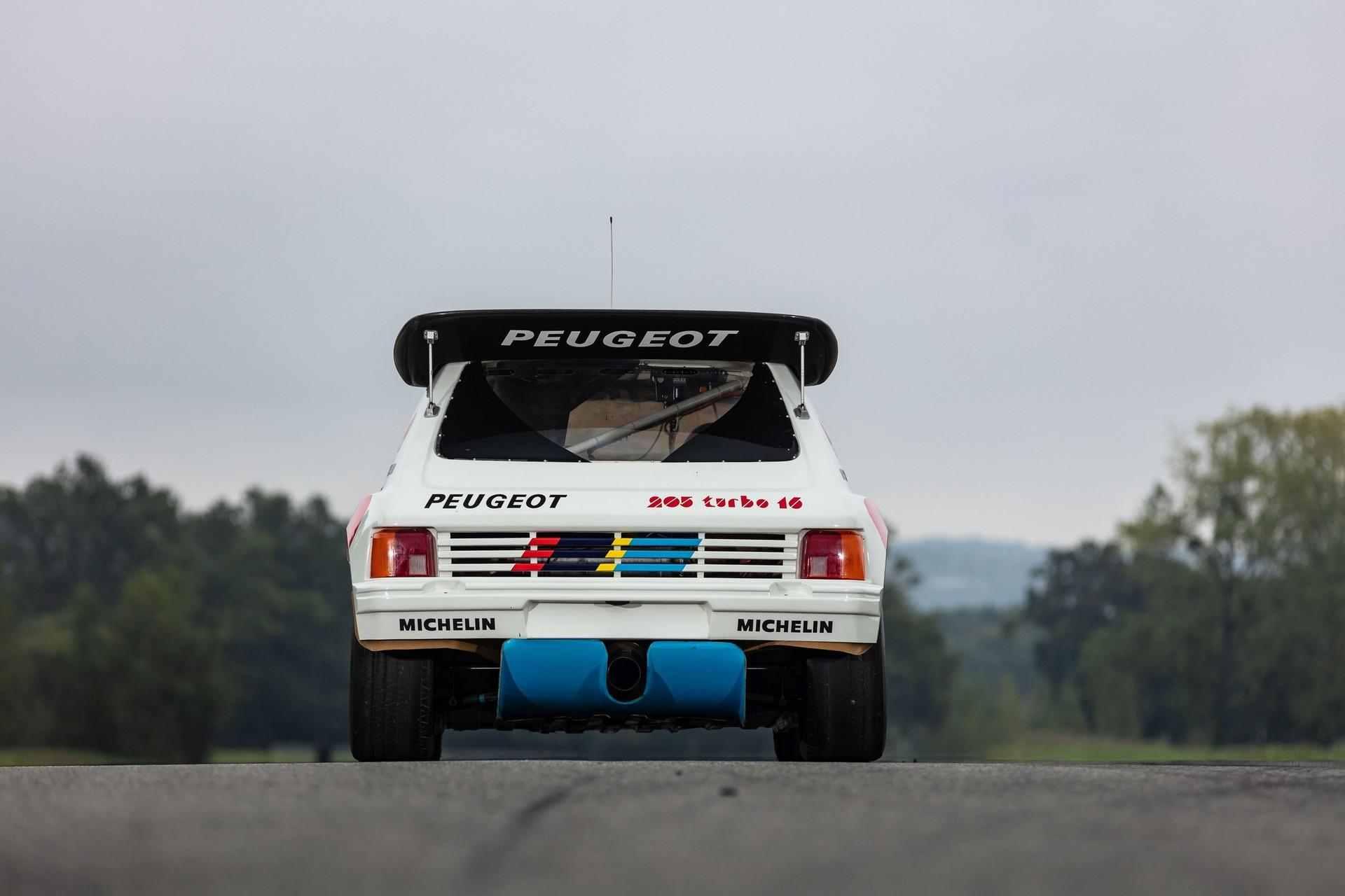 1985_Peugeot_205_Turbo_16_Evolution_2_sale-0012