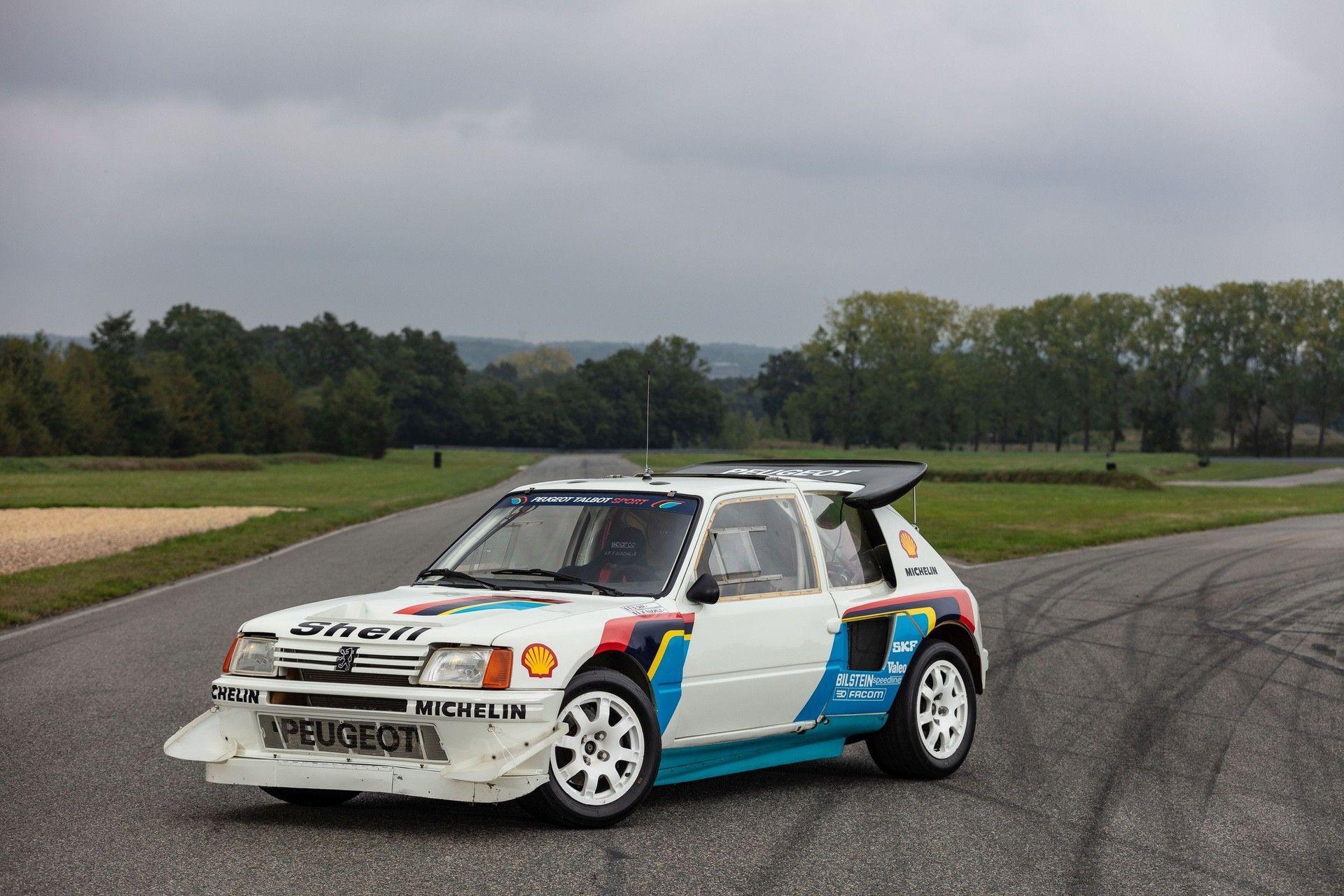 1985_Peugeot_205_Turbo_16_Evolution_2_sale-0013