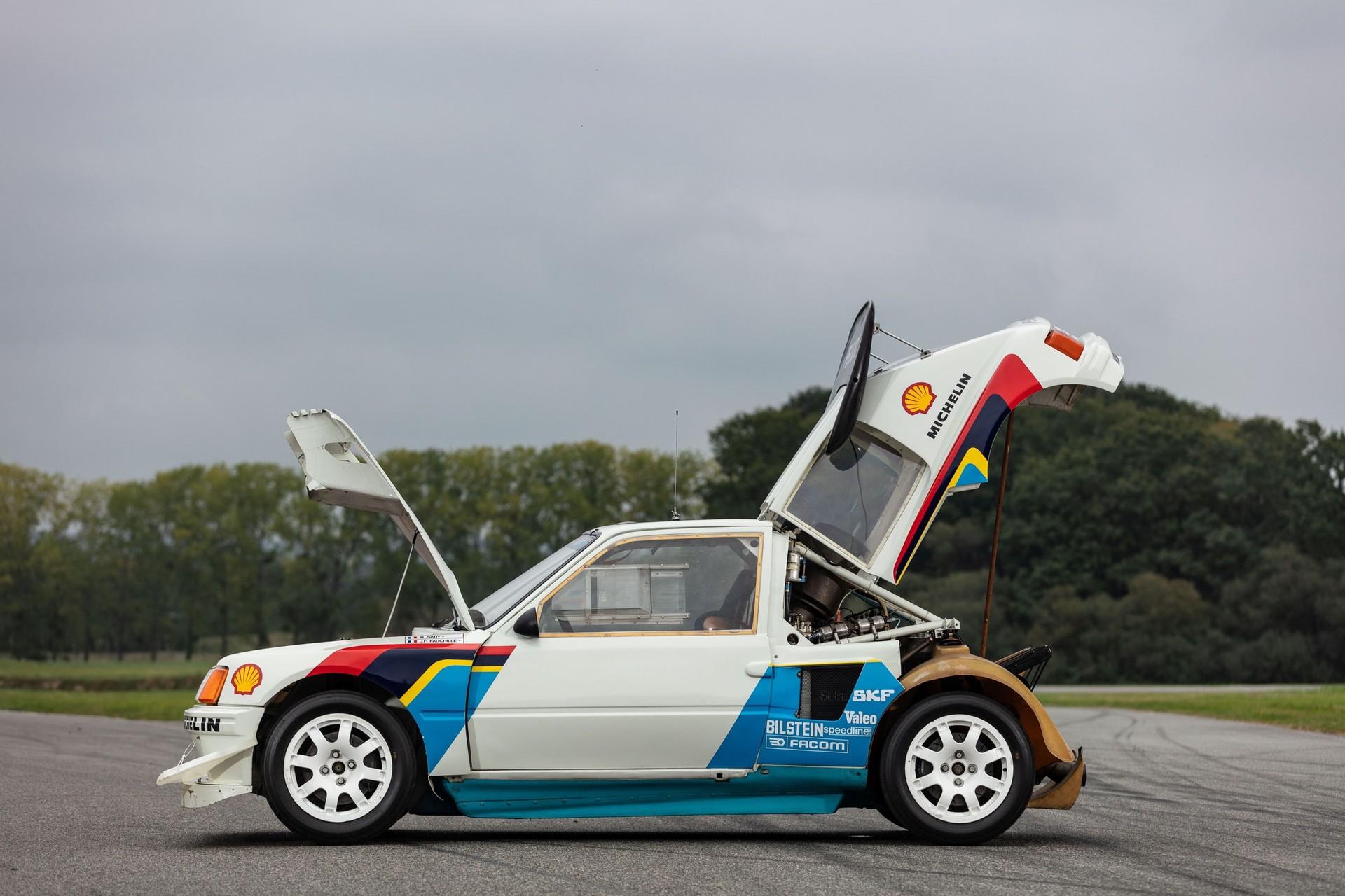 1985_Peugeot_205_Turbo_16_Evolution_2_sale-0016