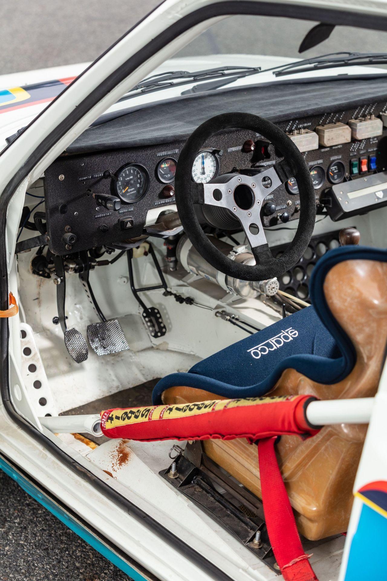 1985_Peugeot_205_Turbo_16_Evolution_2_sale-0020