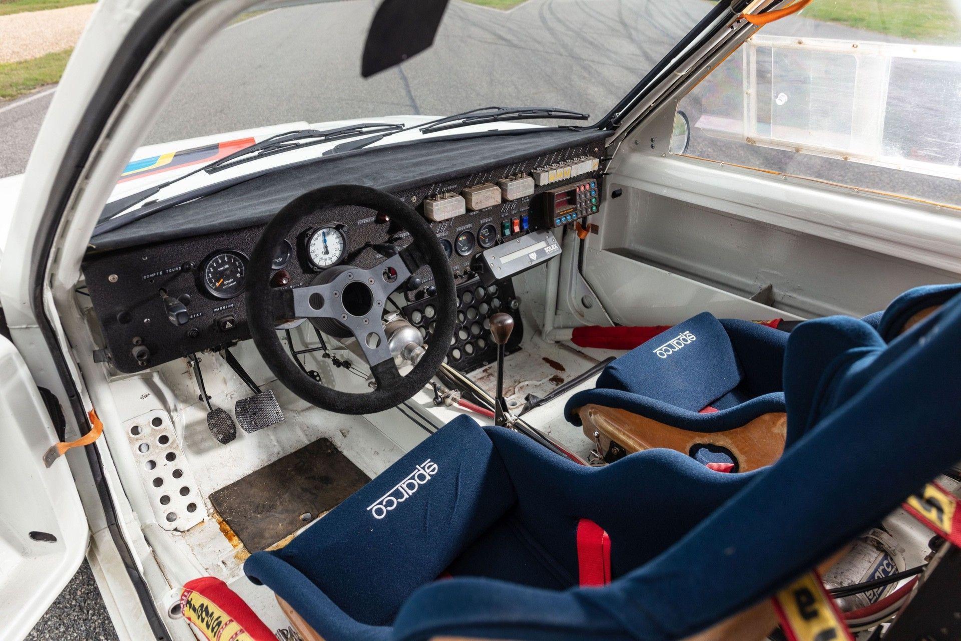 1985_Peugeot_205_Turbo_16_Evolution_2_sale-0022